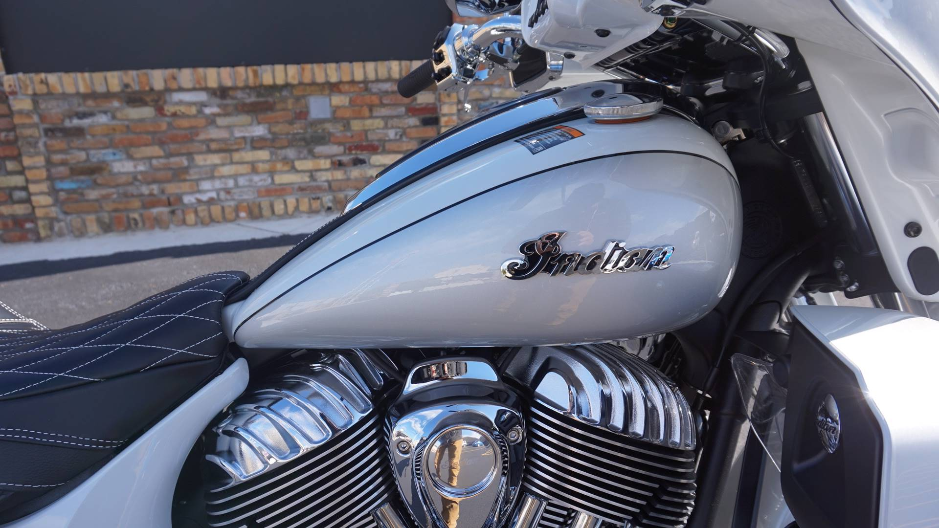 2018 Indian Roadmaster® ABS in Racine, Wisconsin - Photo 17