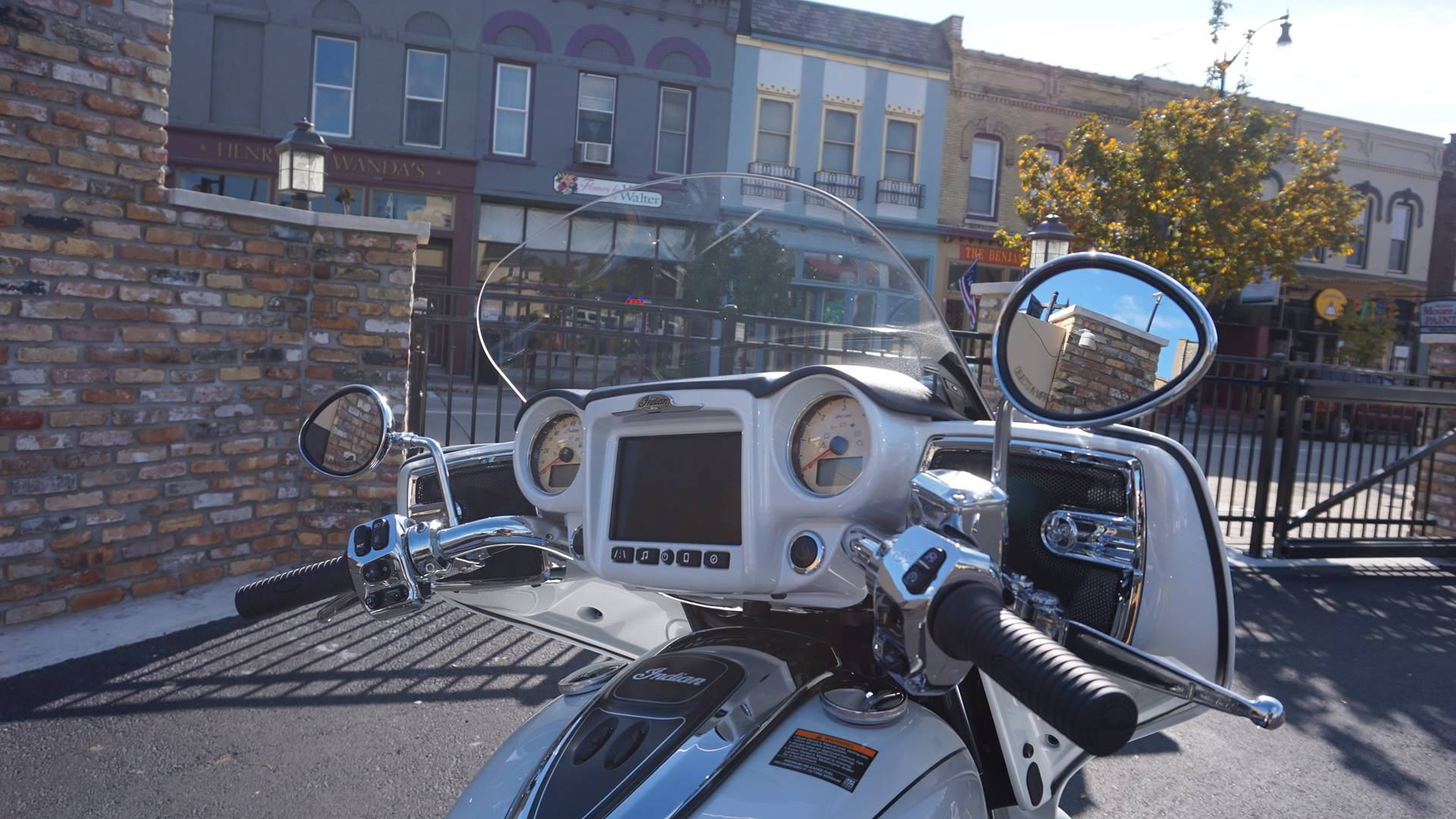 2018 Indian Roadmaster® ABS in Racine, Wisconsin - Photo 20
