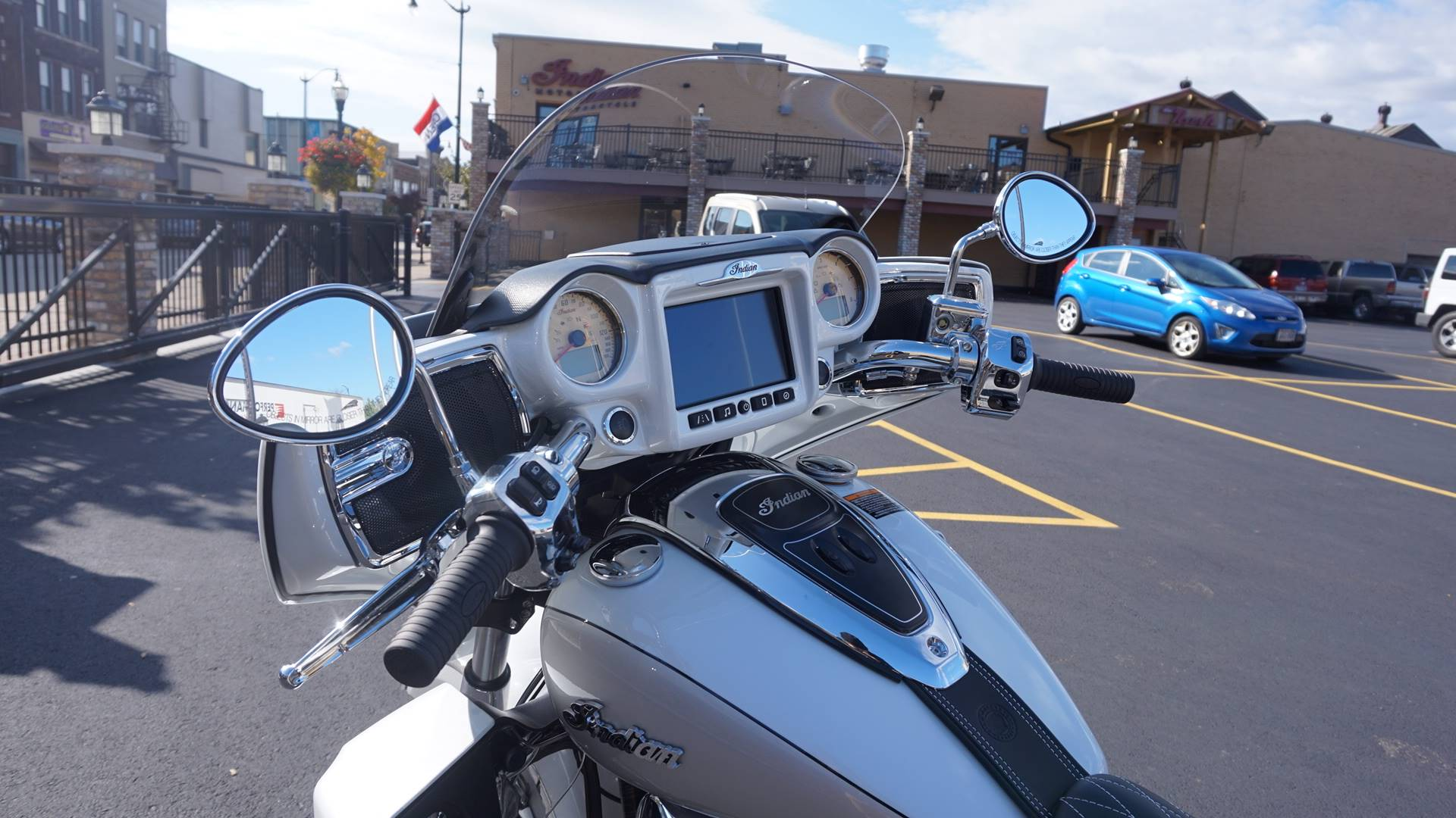 2018 Indian Roadmaster® ABS in Racine, Wisconsin - Photo 22