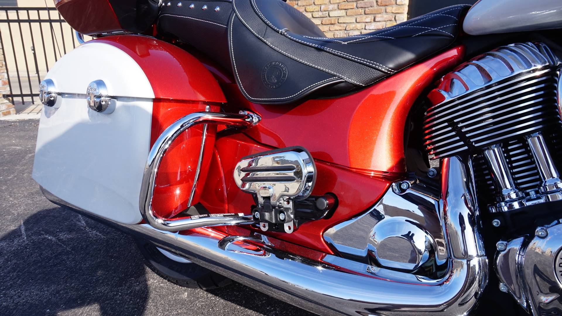 2020 Indian Roadmaster® Icon Series in Racine, Wisconsin - Photo 5