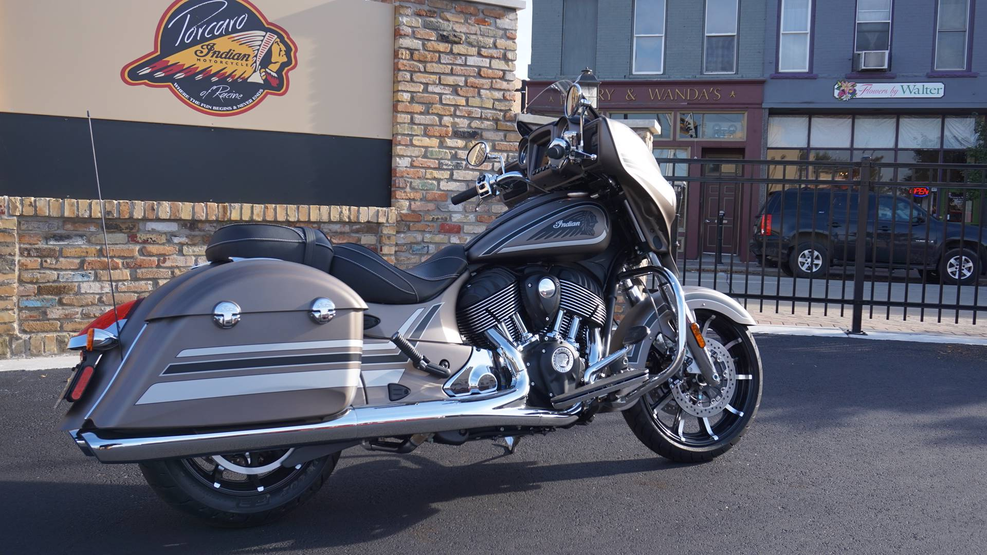 2018 Indian Chieftain® Limited ABS in Racine, Wisconsin
