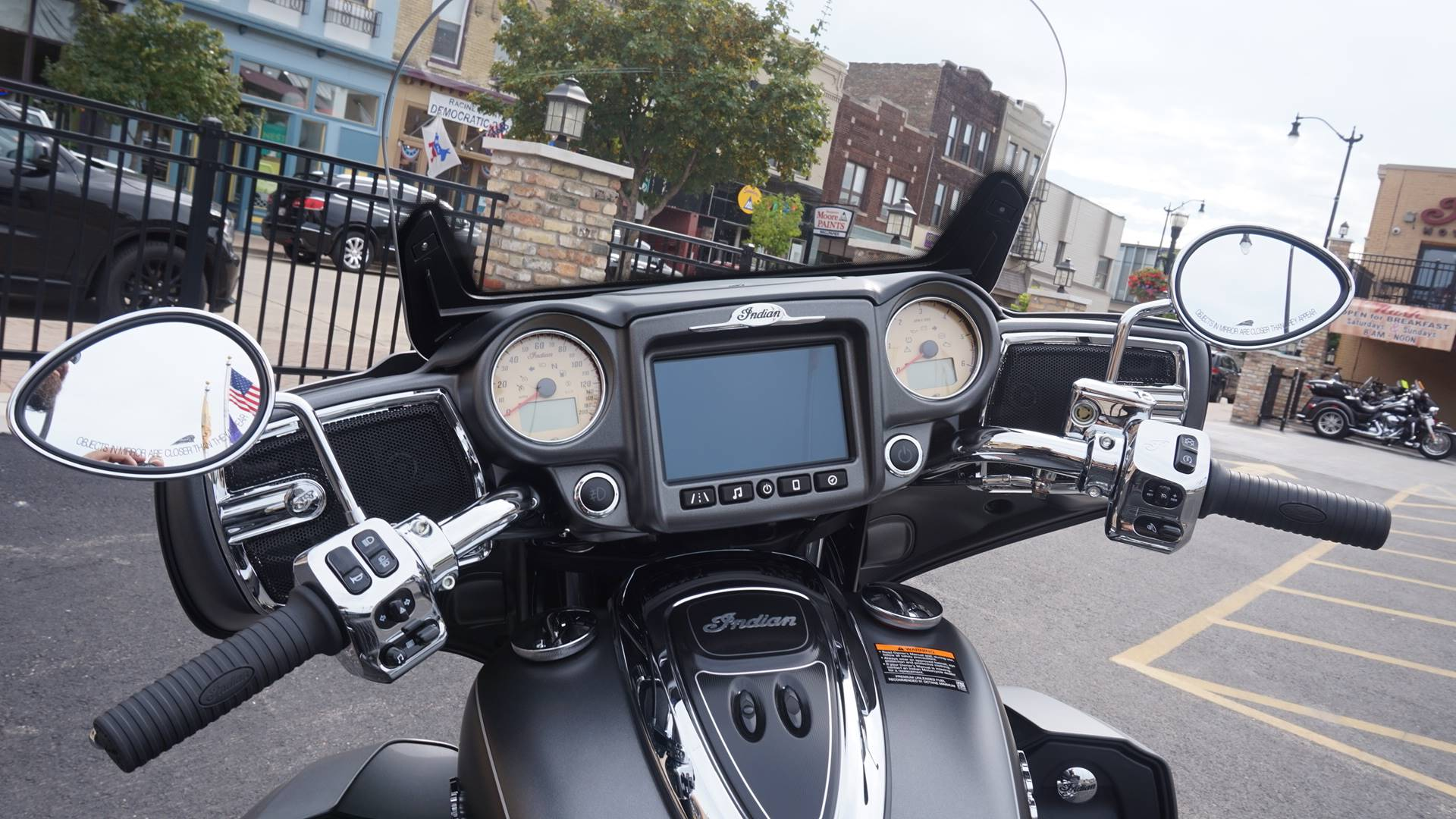2019 Indian Roadmaster® ABS in Racine, Wisconsin - Photo 21