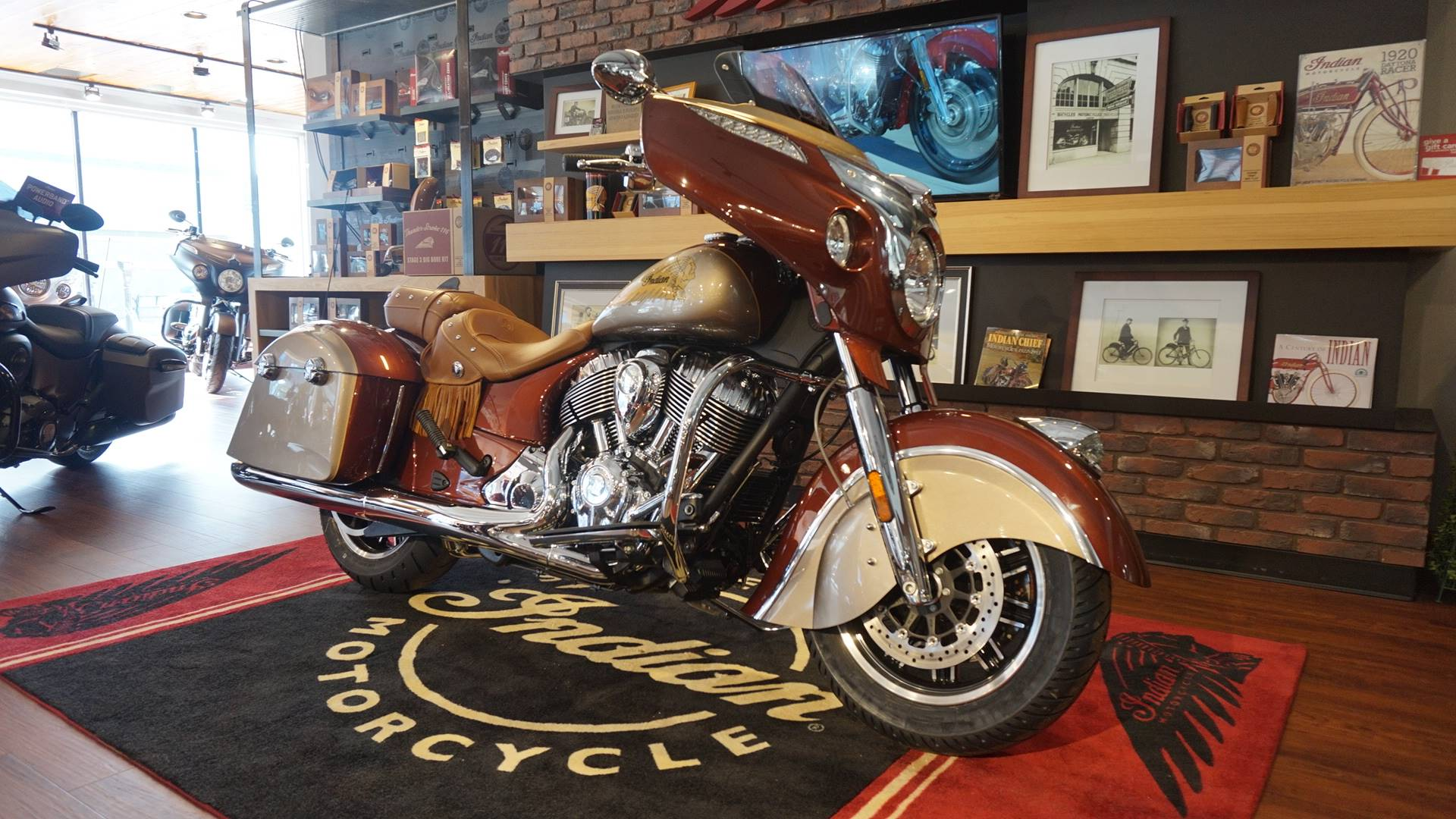 2019 Indian Chieftain® Classic Icon Series in Racine, Wisconsin - Photo 3