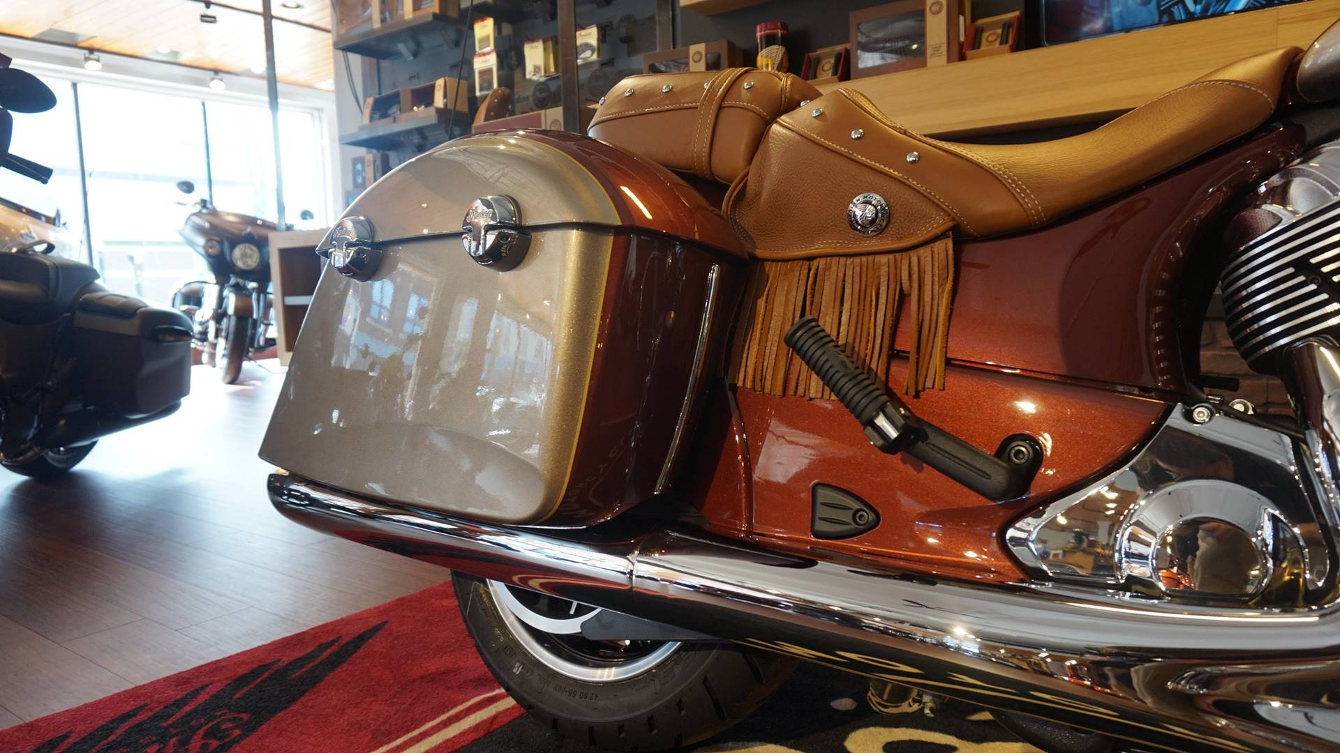 2019 Indian Chieftain® Classic Icon Series in Racine, Wisconsin - Photo 6