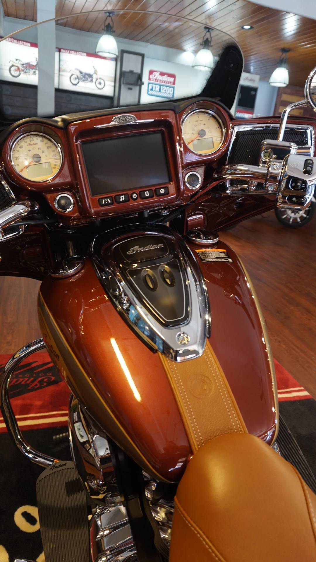 2019 Indian Chieftain® Classic Icon Series in Racine, Wisconsin - Photo 14
