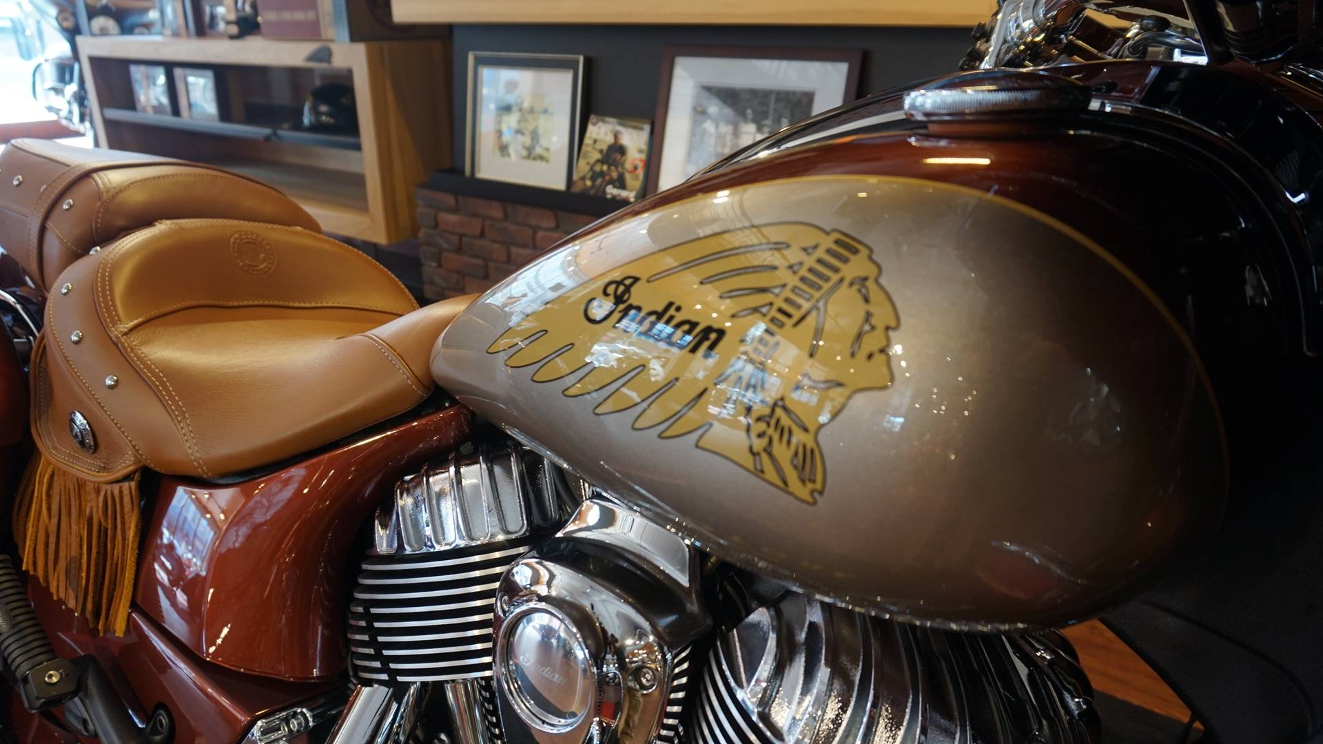 2019 Indian Chieftain® Classic Icon Series in Racine, Wisconsin - Photo 15