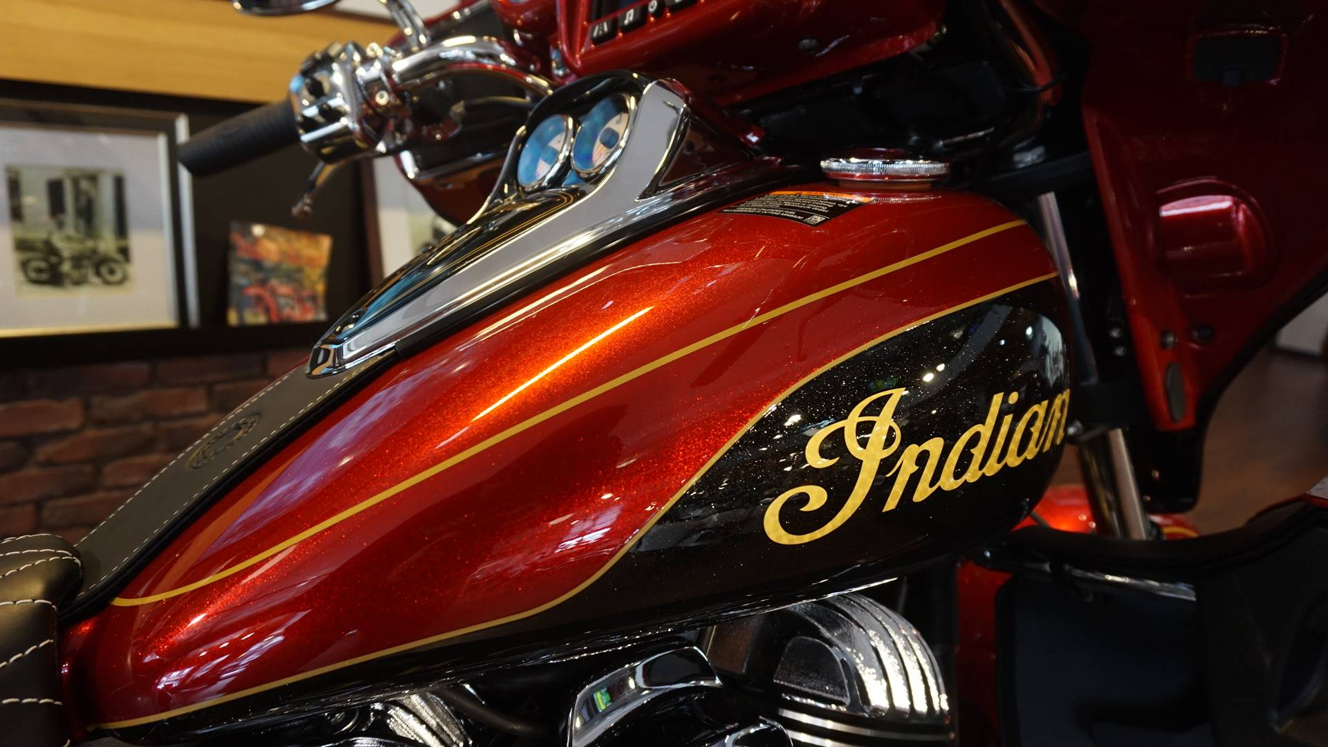 2019 Indian Roadmaster® Elite ABS in Racine, Wisconsin - Photo 3