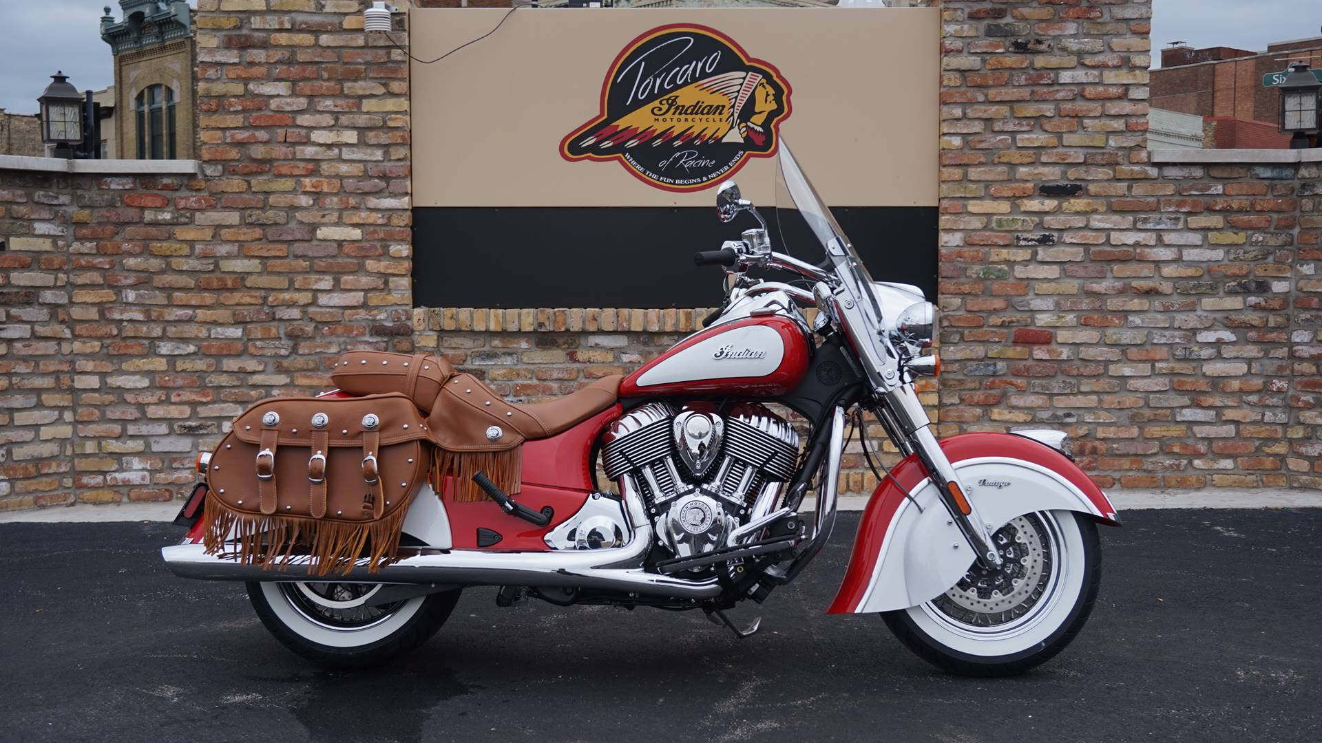 2019 Indian Chief® Vintage Icon Series in Racine, Wisconsin - Photo 1