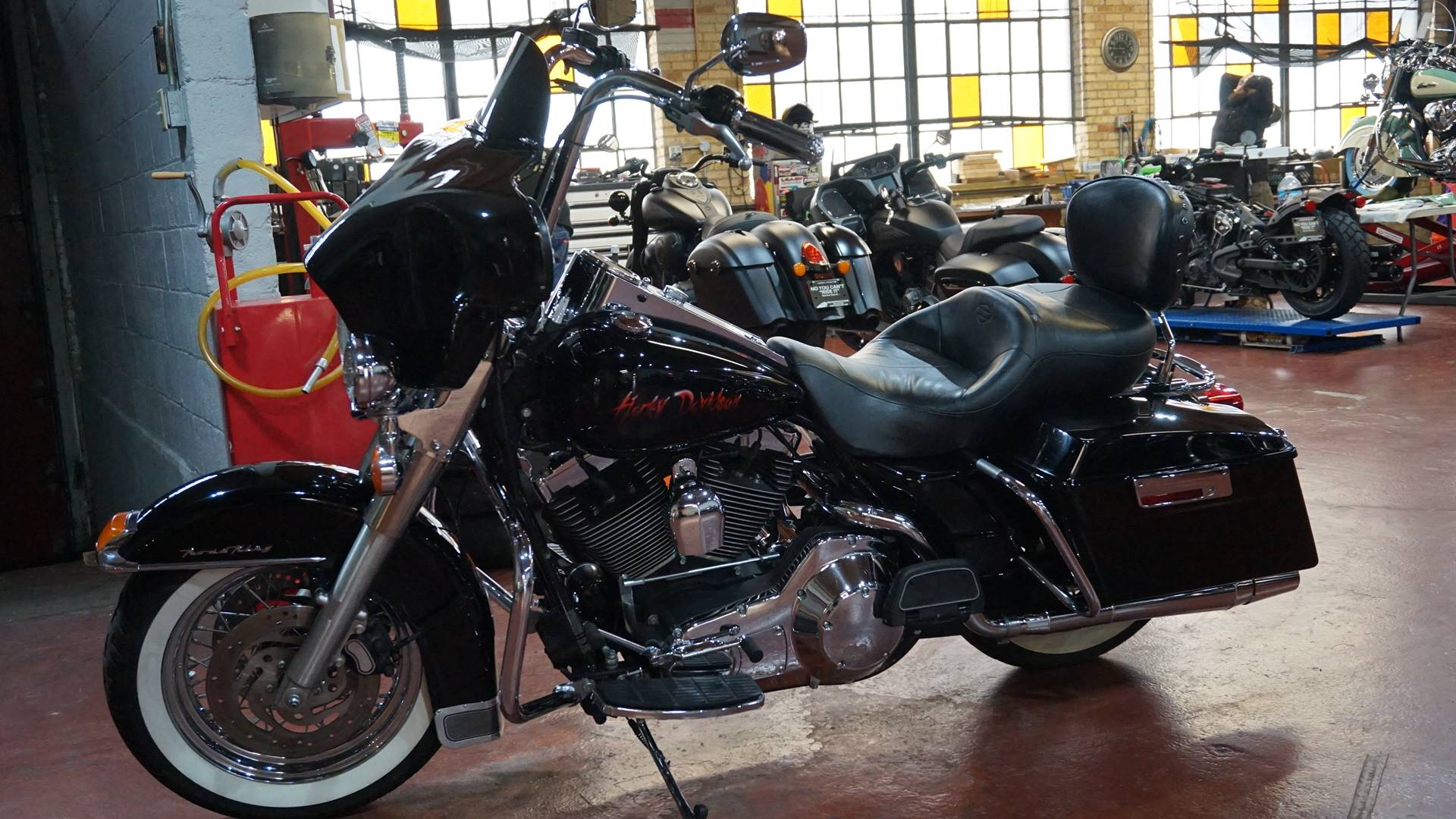 2004 Harley-Davidson FLHR/FLHRI Road King® in Racine, Wisconsin - Photo 14