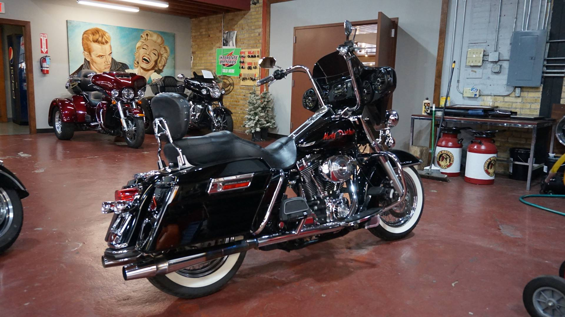 2004 Harley-Davidson FLHR/FLHRI Road King® in Racine, Wisconsin - Photo 17