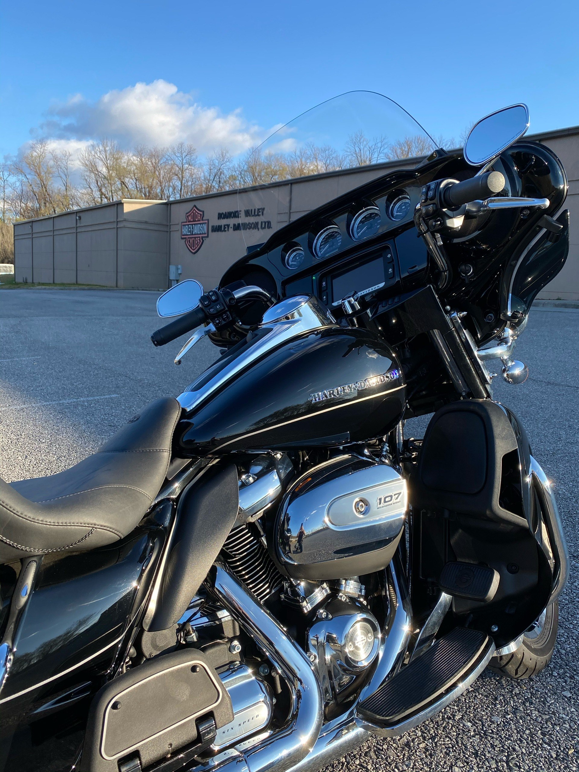 2017 Harley-Davidson Ultra Limited in Roanoke, Virginia - Photo 6