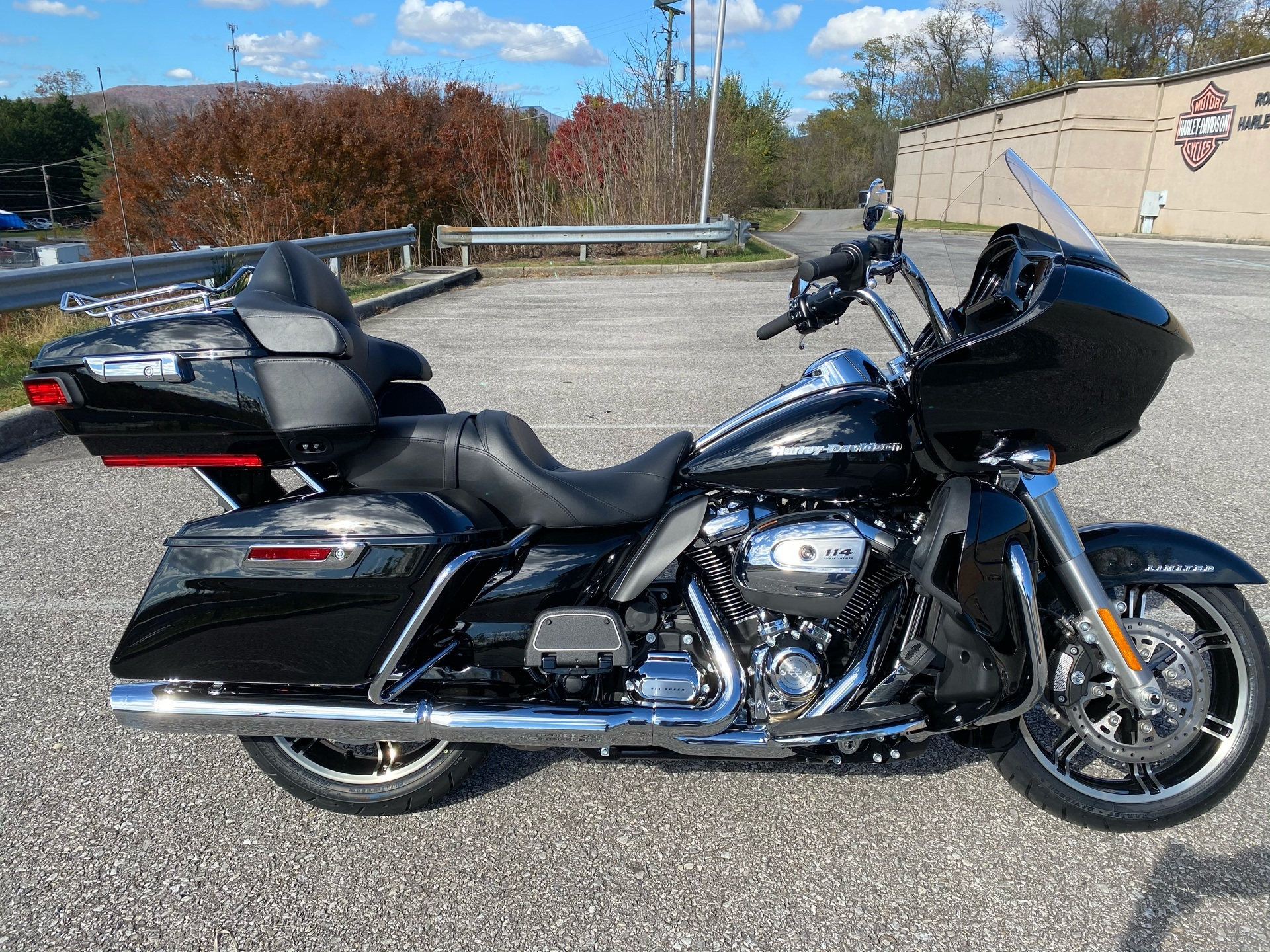 2020 Harley-Davidson Road Glide Limited in Roanoke, Virginia - Photo 1