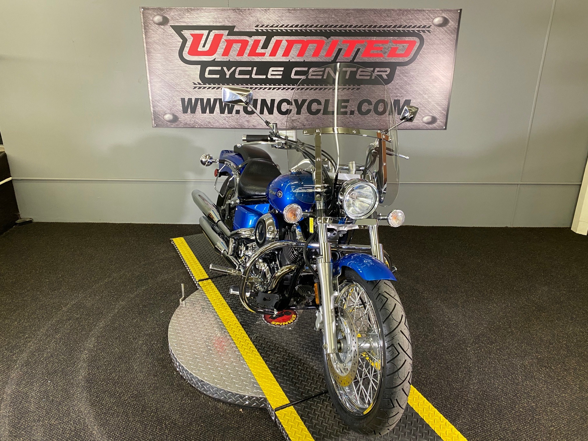 2009 Yamaha V Star 650 Custom in Tyrone, Pennsylvania - Photo 3