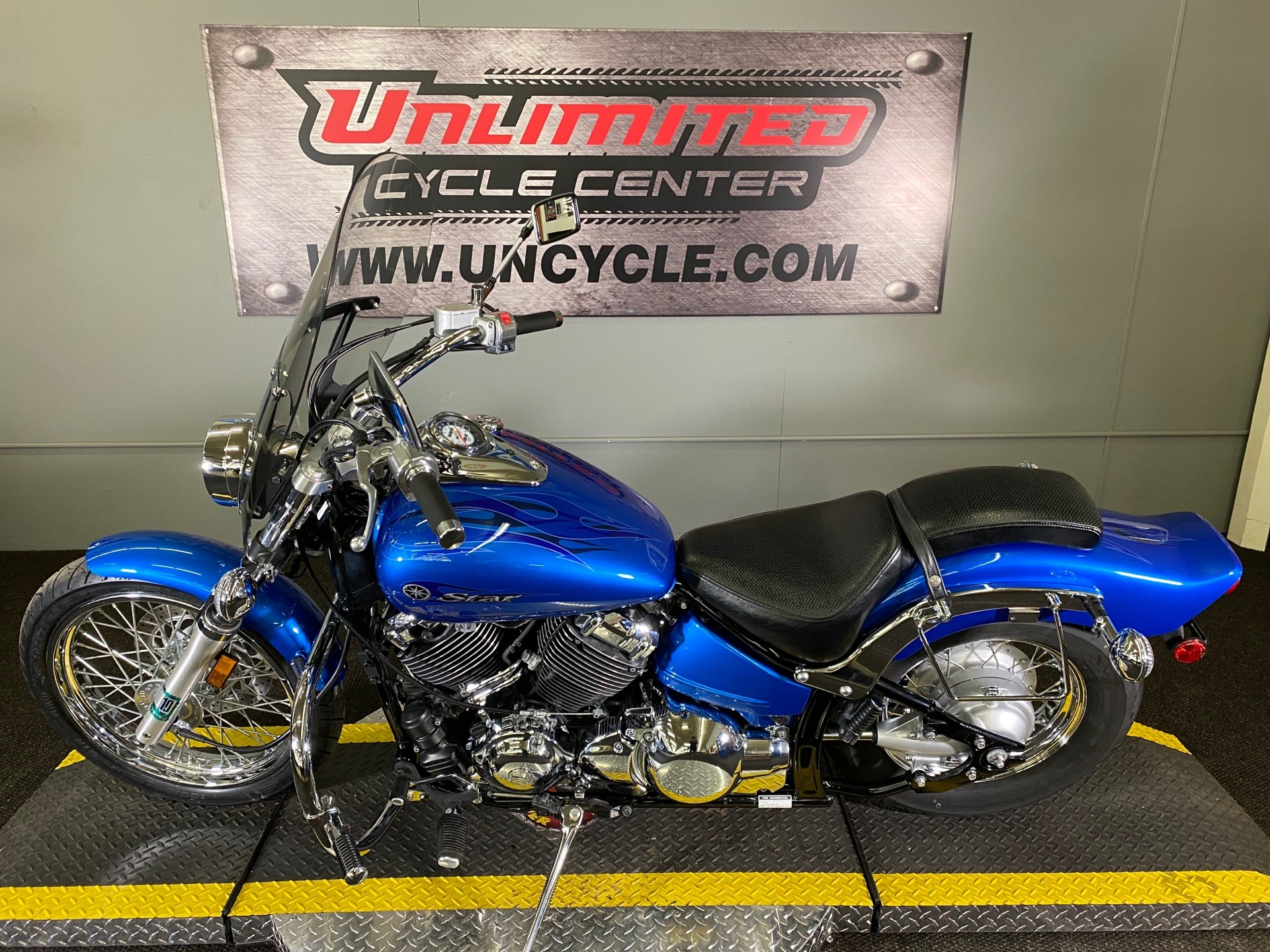 2009 Yamaha V Star 650 Custom in Tyrone, Pennsylvania - Photo 5