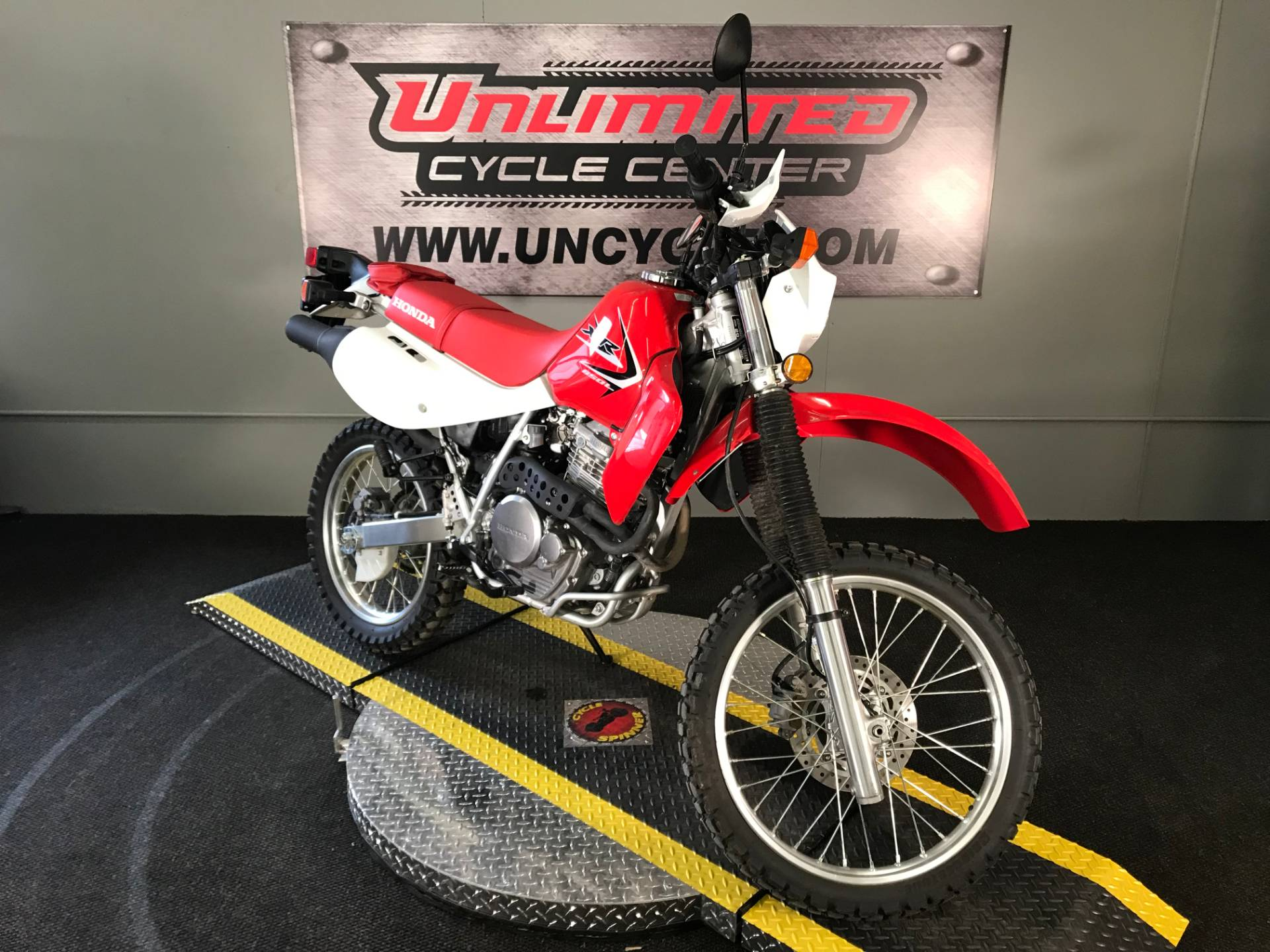 2015 Honda XR650L® in Tyrone, Pennsylvania - Photo 1