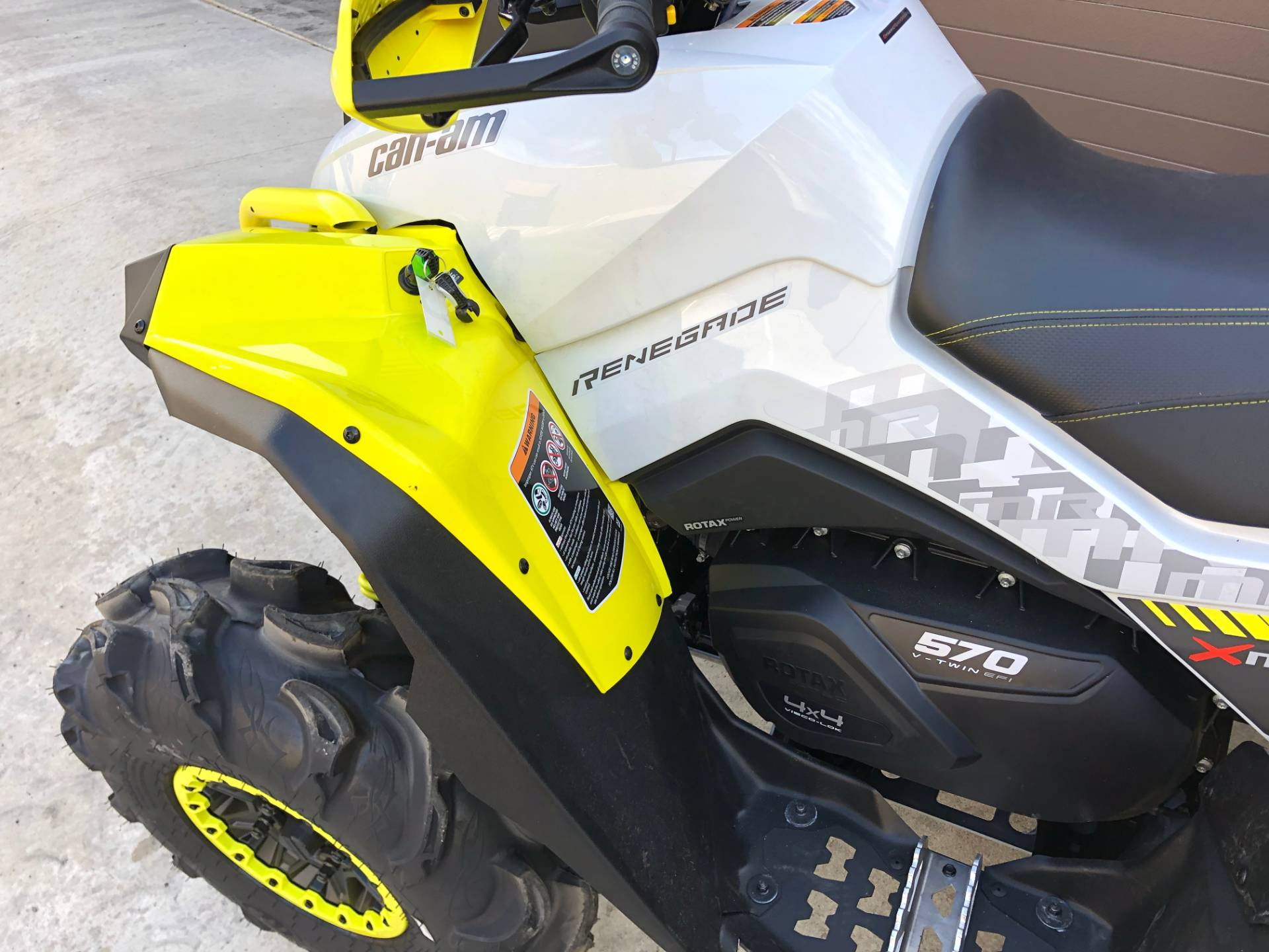 2019 Can-Am Renegade X MR 570 in Tyrone, Pennsylvania - Photo 2