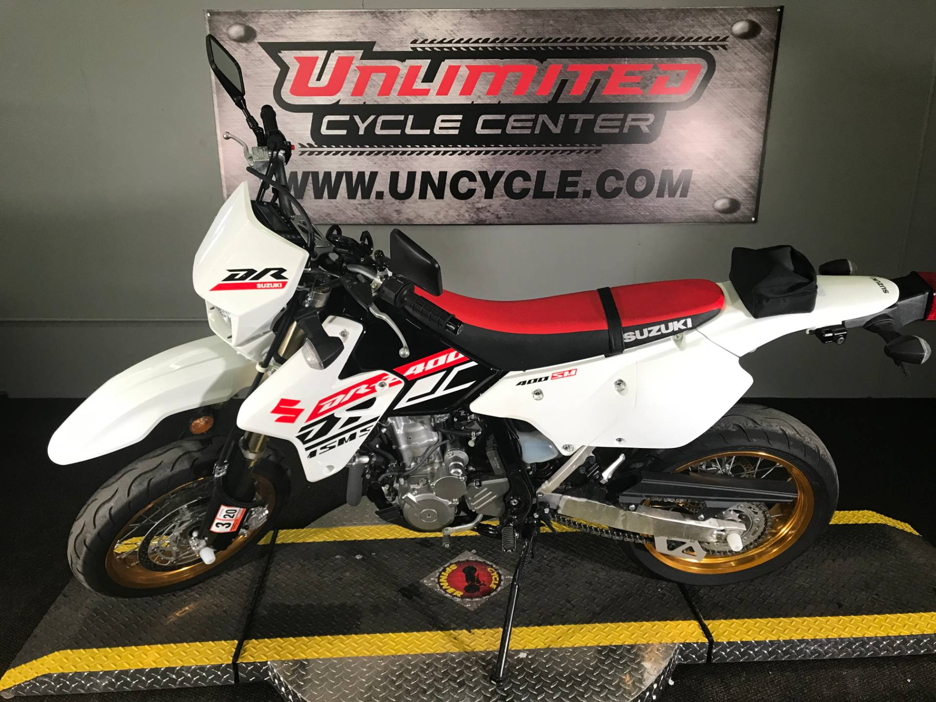 2019 Suzuki DR-Z400SM in Tyrone, Pennsylvania - Photo 6