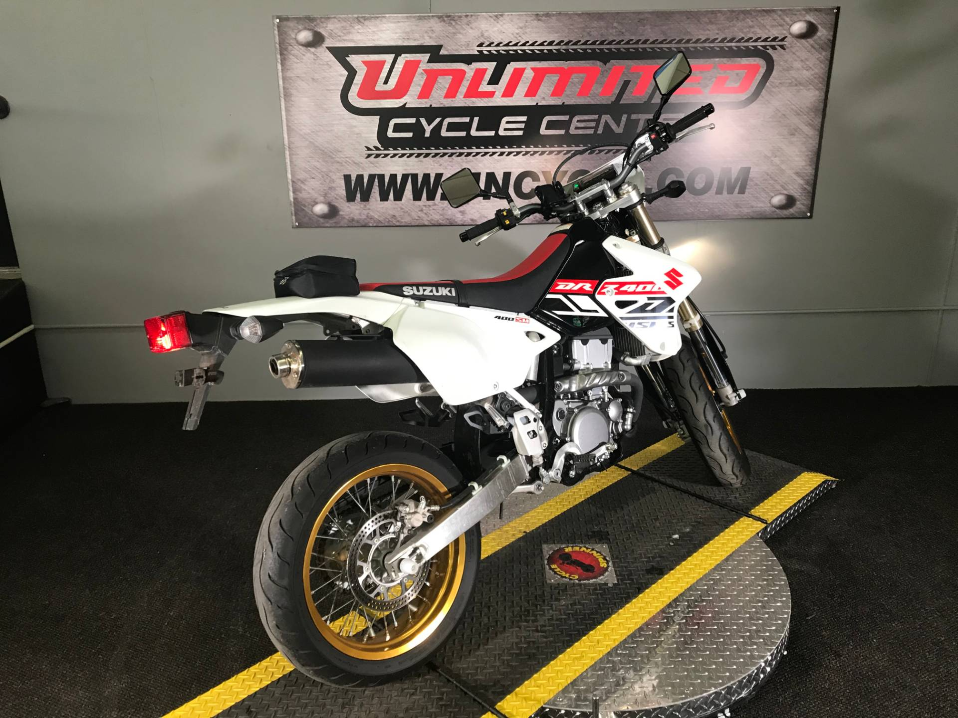 2019 Suzuki DR-Z400SM in Tyrone, Pennsylvania - Photo 11