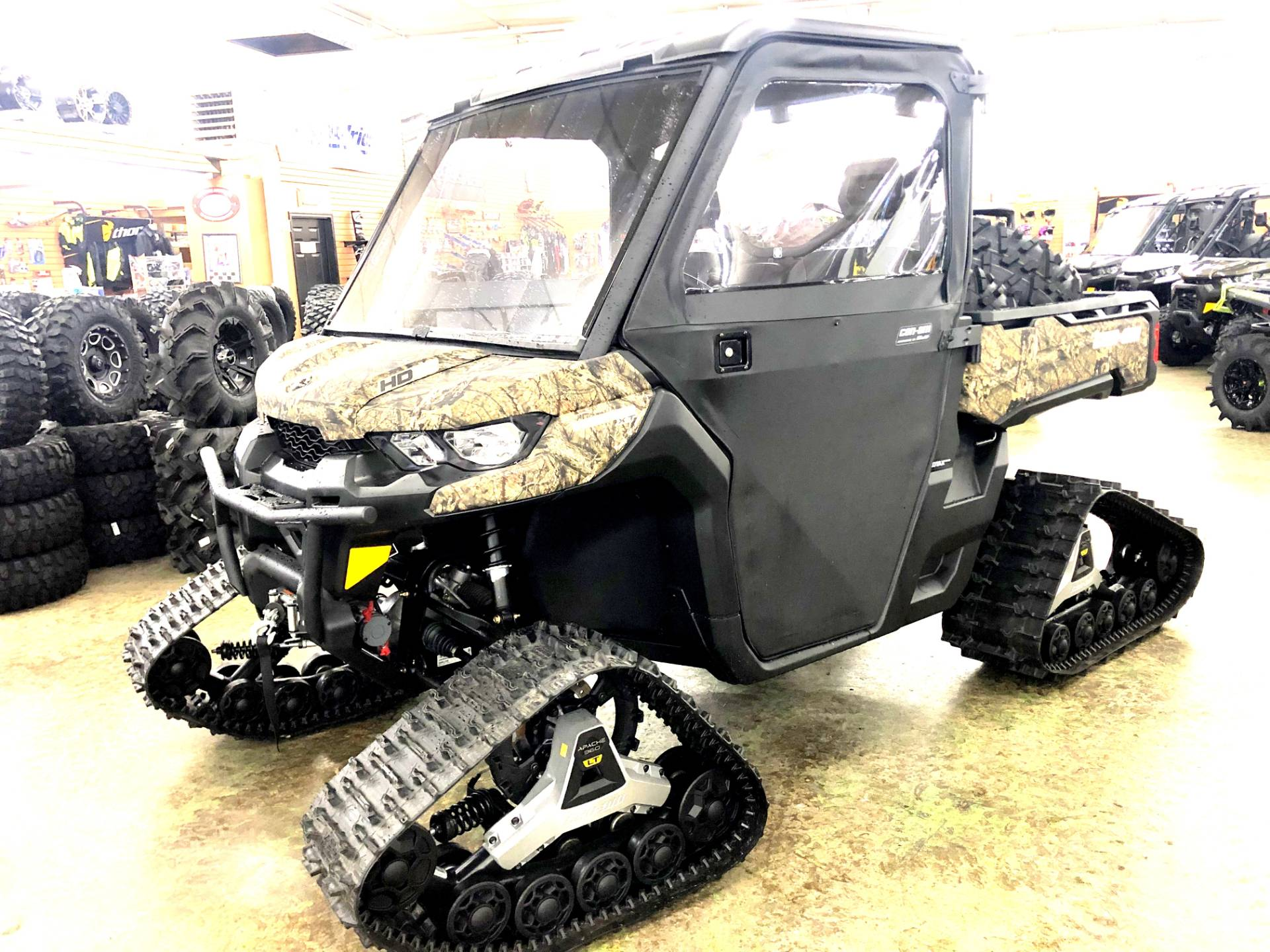 2018 Can-Am Defender XT HD10 in Tyrone, Pennsylvania - Photo 2