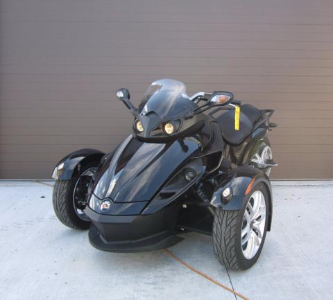 2015 Can-Am Spyder® RS SM5 in Tyrone, Pennsylvania