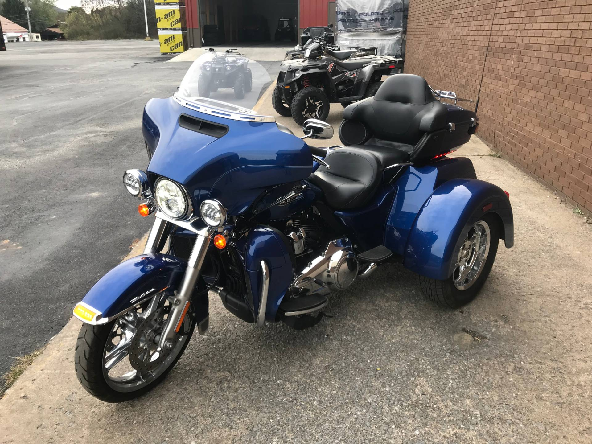2017 Harley-Davidson Tri Glide® Ultra in Tyrone, Pennsylvania - Photo 11