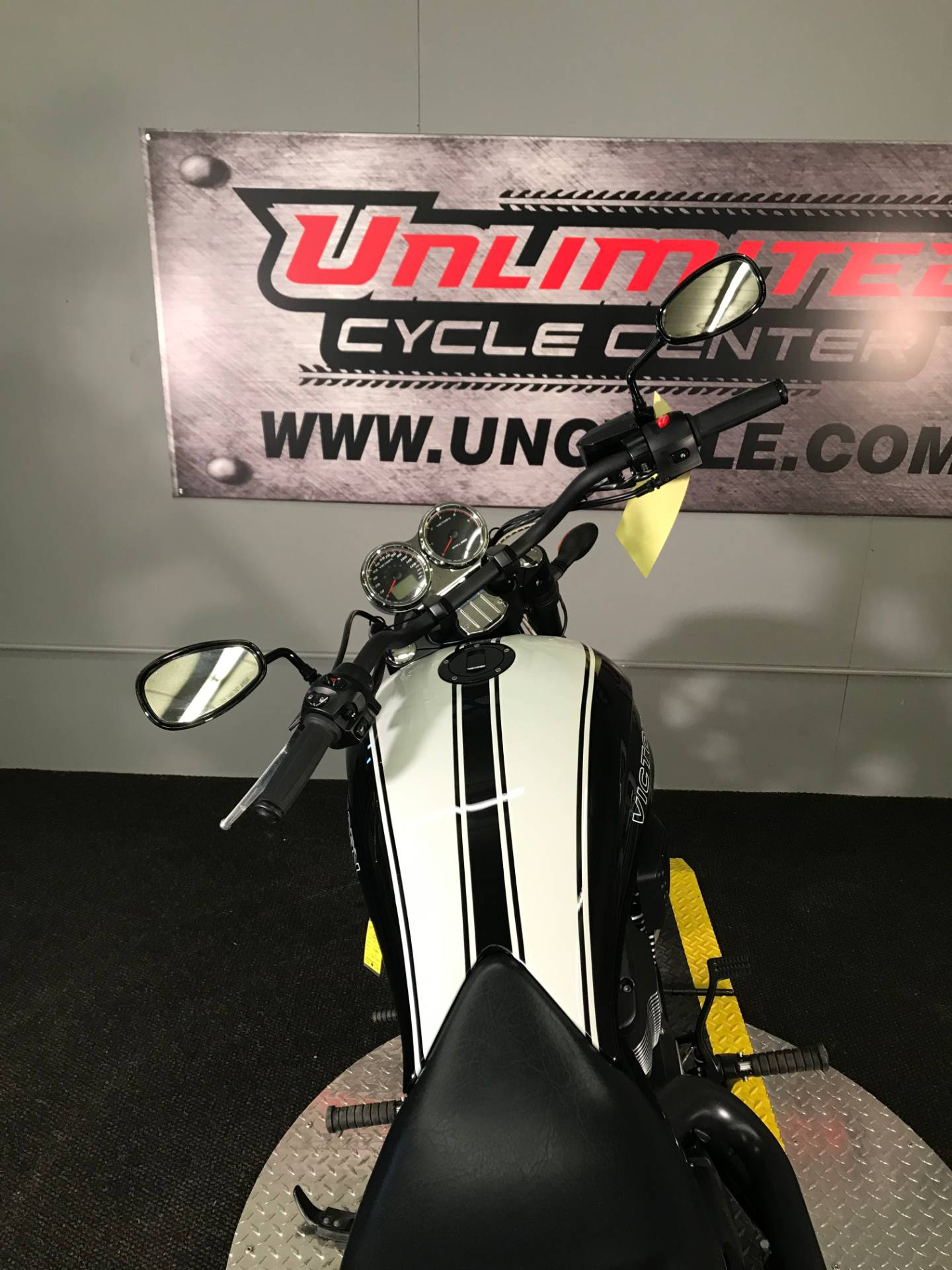 2017 Victory Hammer S in Tyrone, Pennsylvania - Photo 12