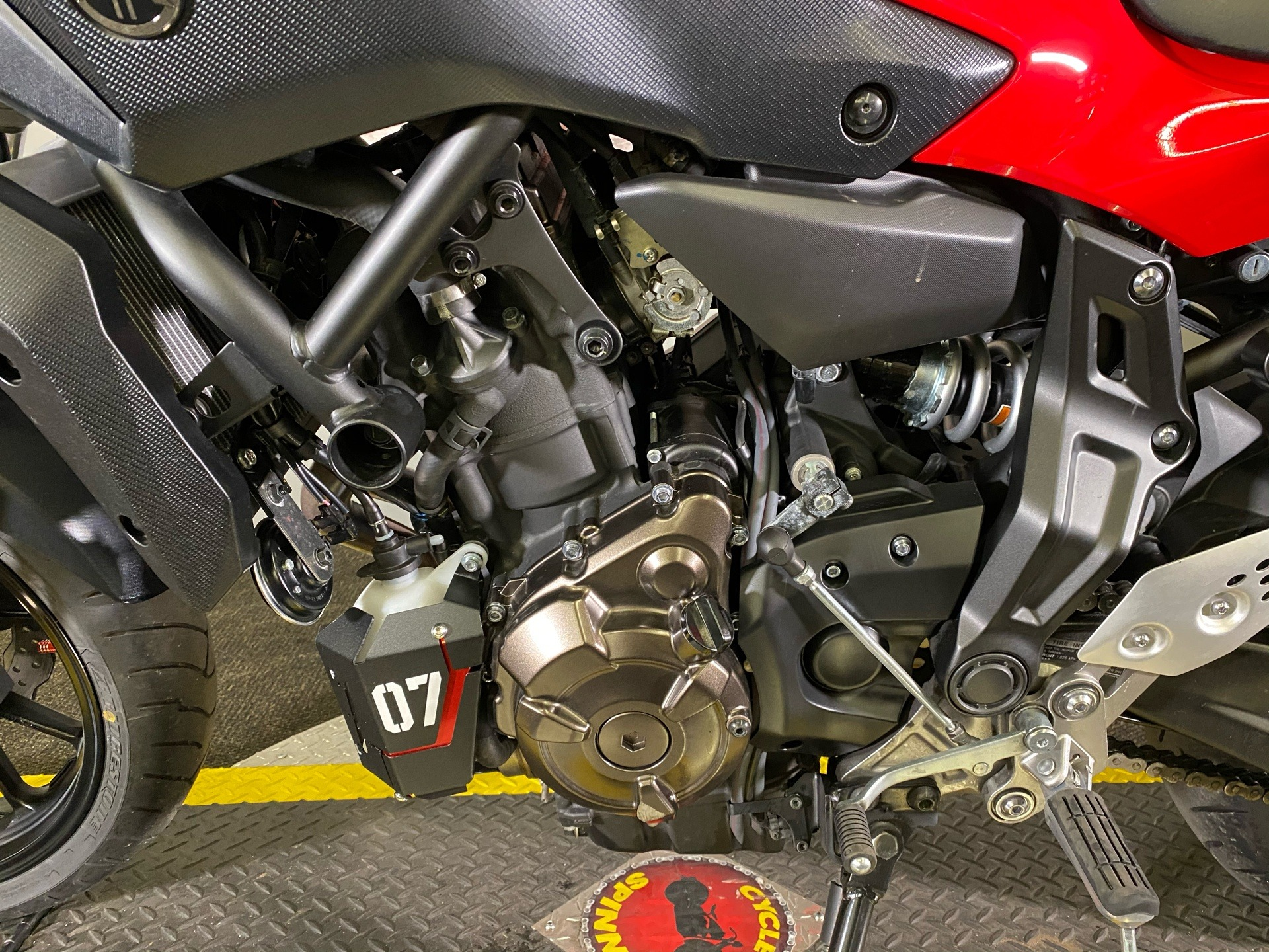 2017 Yamaha FZ-07 in Tyrone, Pennsylvania - Photo 7