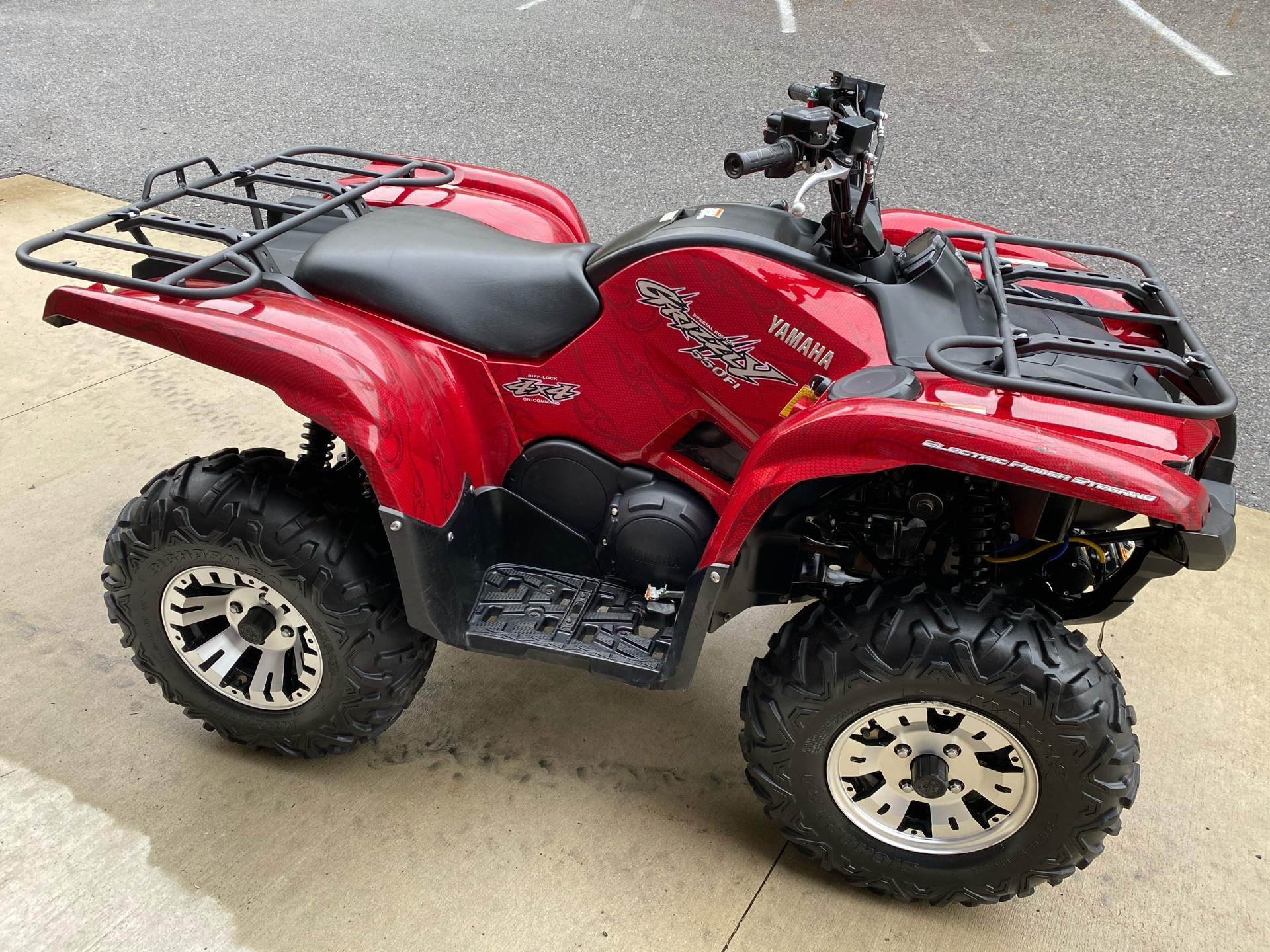 2009 Yamaha Grizzly 550 FI Auto. 4x4 EPS Special Edition in Tyrone, Pennsylvania - Photo 3
