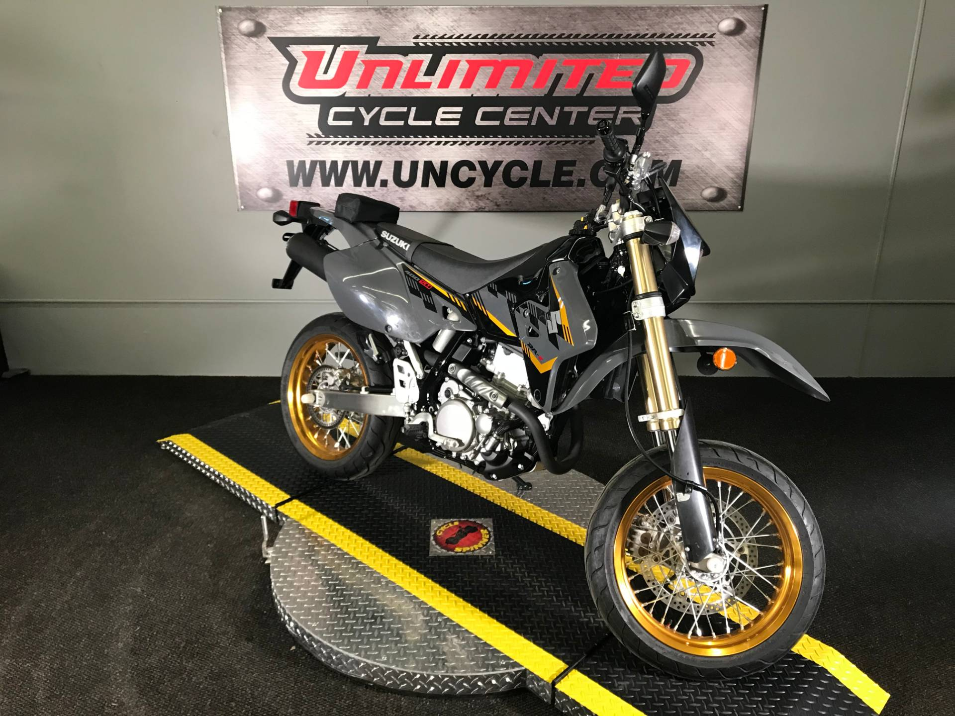 2016 Suzuki DR-Z400SM in Tyrone, Pennsylvania - Photo 1