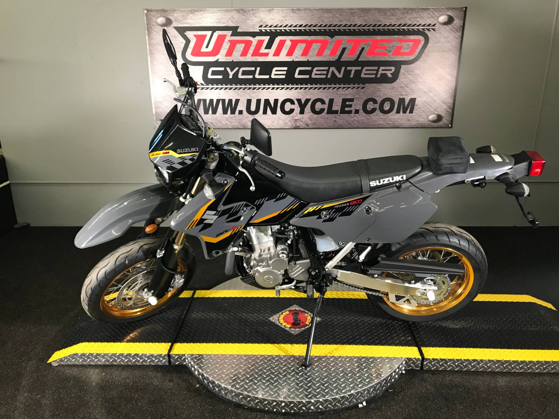 2016 Suzuki DR-Z400SM in Tyrone, Pennsylvania - Photo 6