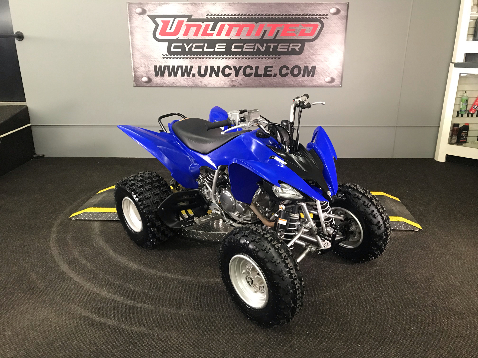 2011 Yamaha Raptor 250R in Tyrone, Pennsylvania - Photo 1