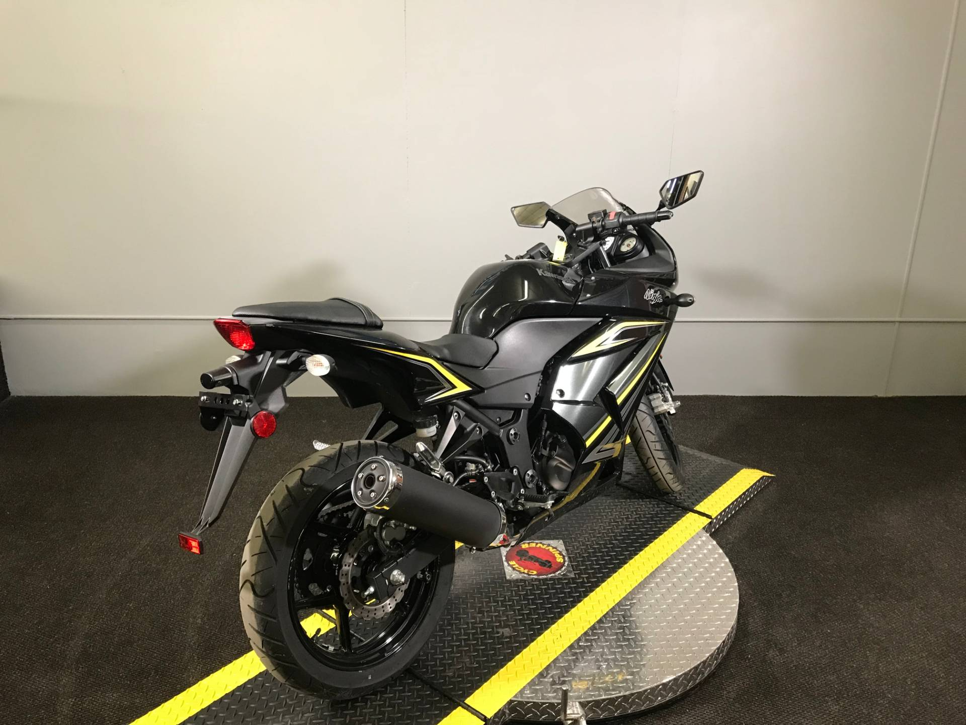 2012 Kawasaki Ninja 250r In Tyrone Pennsylvania
