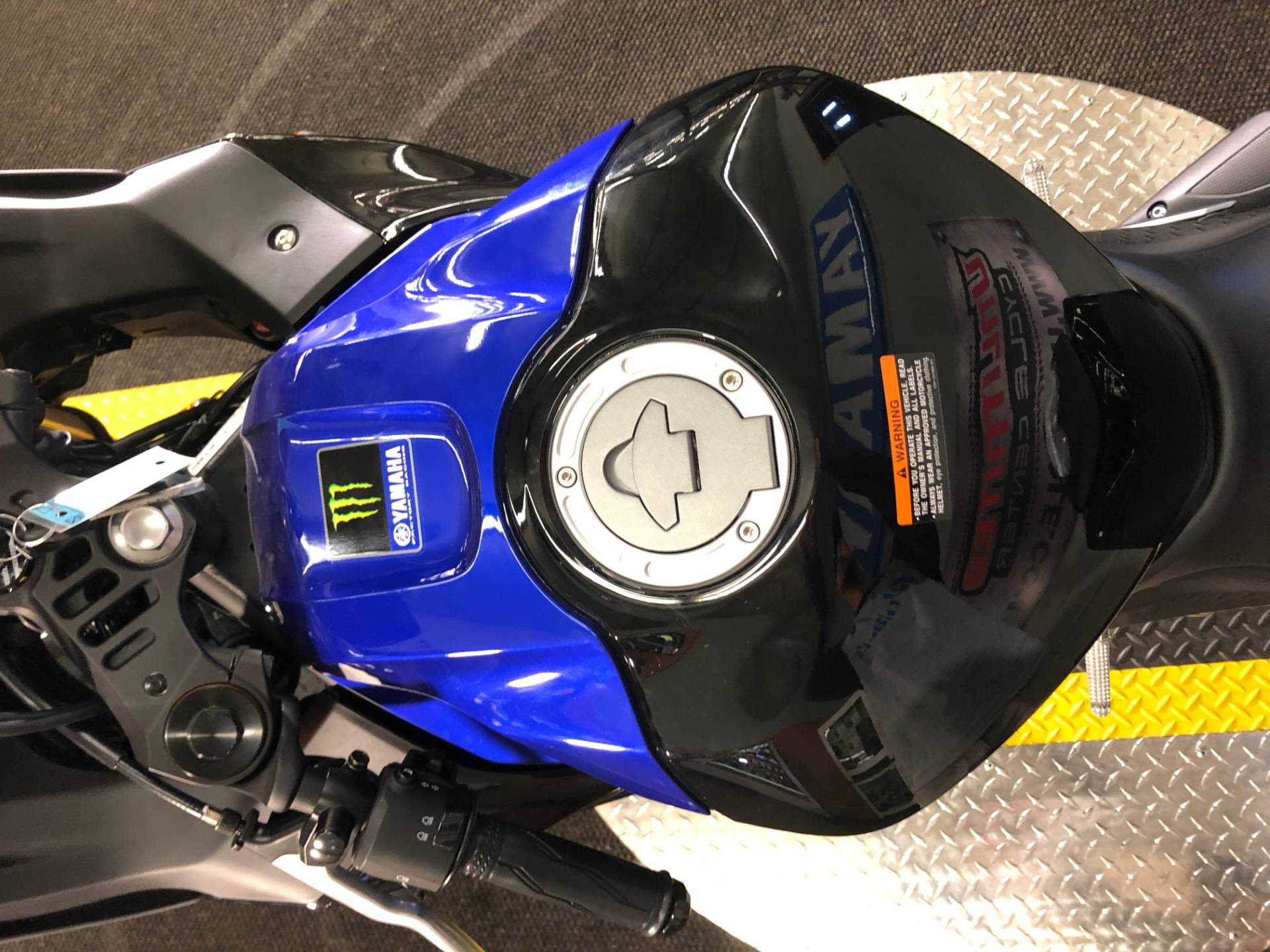 2020 Yamaha YZF-R3 ABS Monster Energy Yamaha MotoGP Edition in Tyrone, Pennsylvania - Photo 7