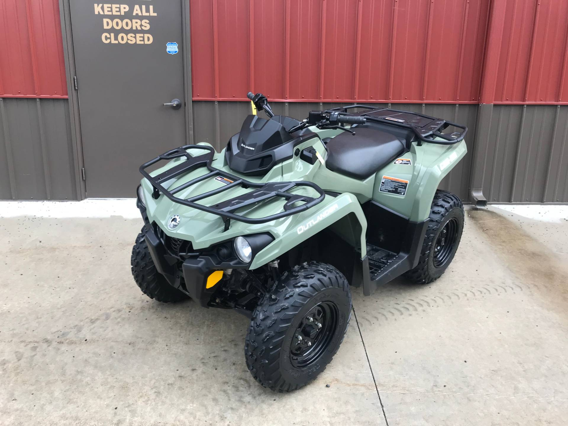2018 Can-Am Outlander 570 in Tyrone, Pennsylvania - Photo 2