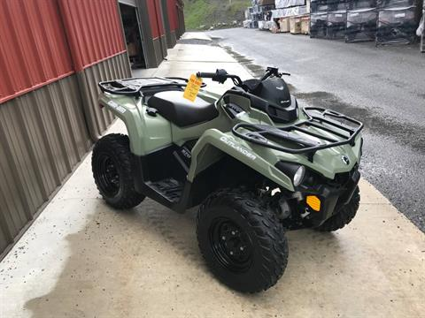 2018 Can-Am Outlander 570 in Tyrone, Pennsylvania - Photo 6