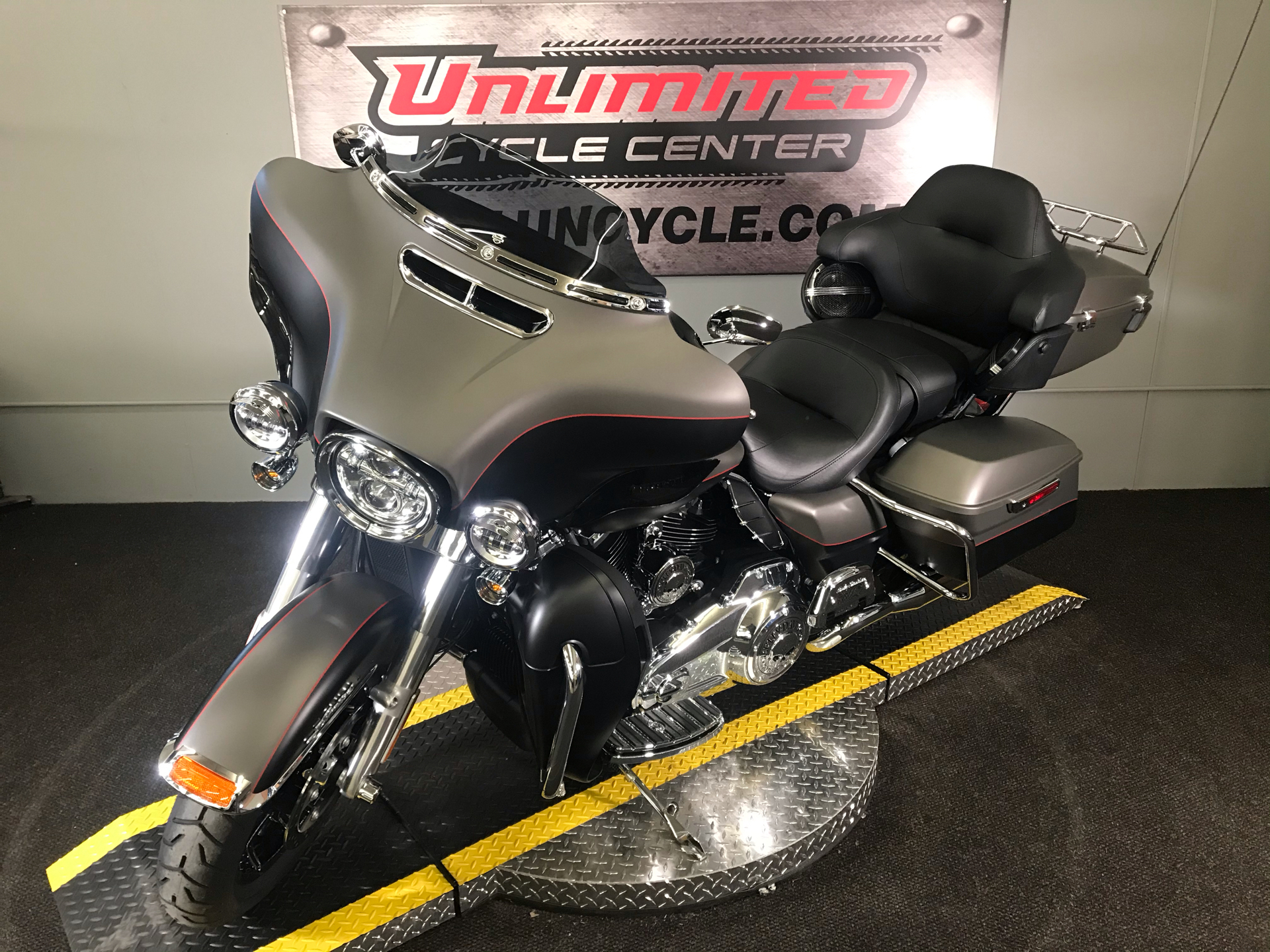 2019 Harley-Davidson Ultra Limited in Tyrone, Pennsylvania - Photo 5