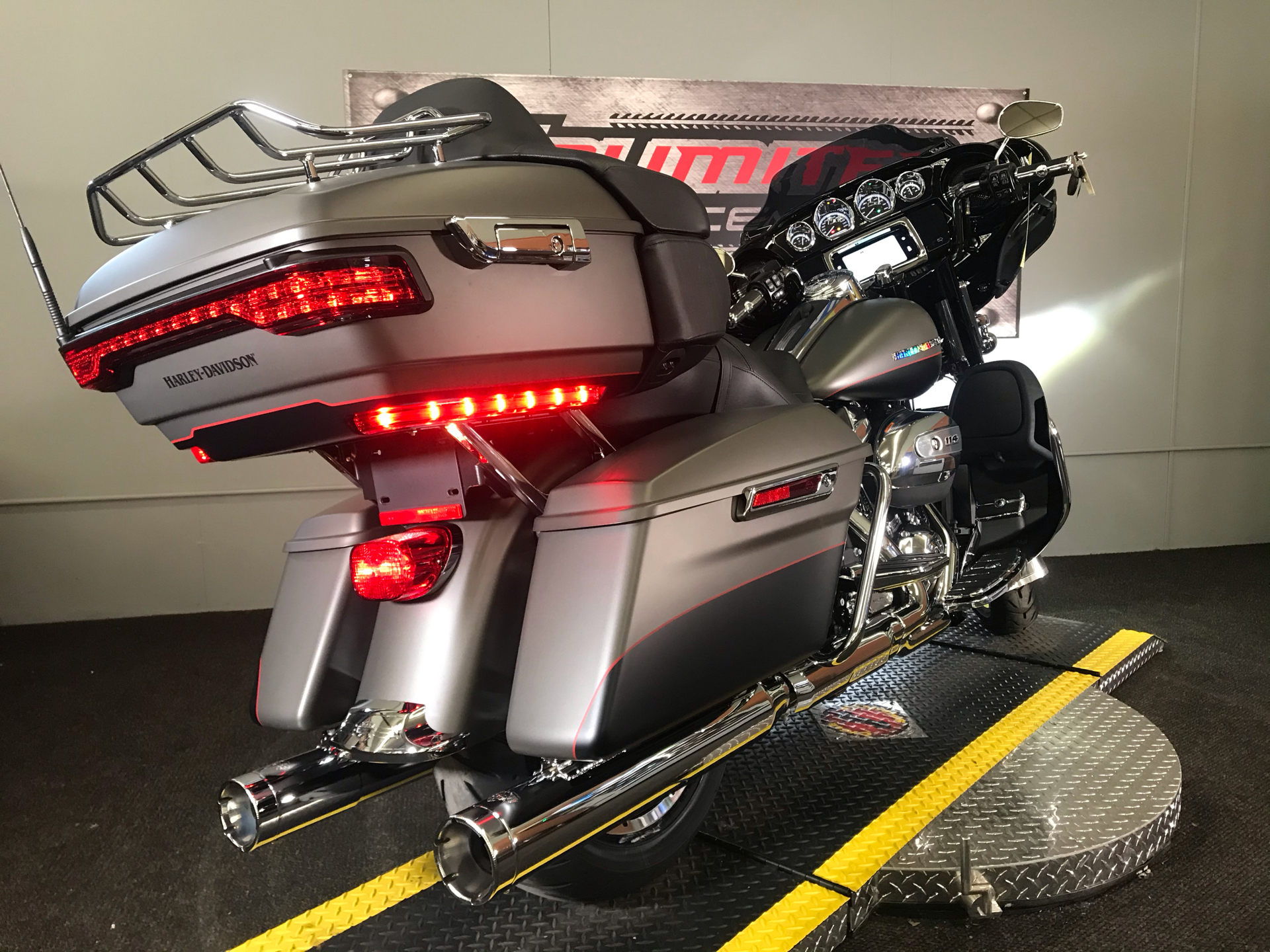 2019 Harley-Davidson Ultra Limited in Tyrone, Pennsylvania - Photo 19