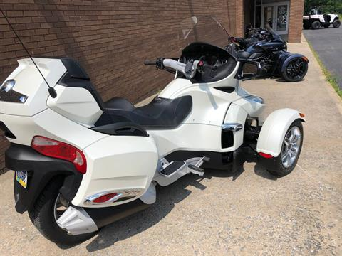 2011 Can-Am Spyder® RT Limited in Tyrone, Pennsylvania - Photo 8