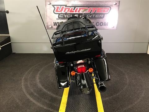 2011 Harley-Davidson Road Glide® Ultra in Tyrone, Pennsylvania - Photo 11