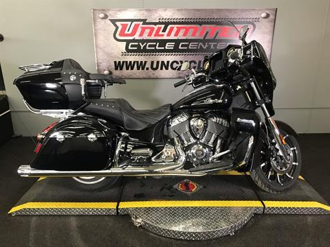 2018 Indian Roadmaster® ABS in Tyrone, Pennsylvania - Photo 2
