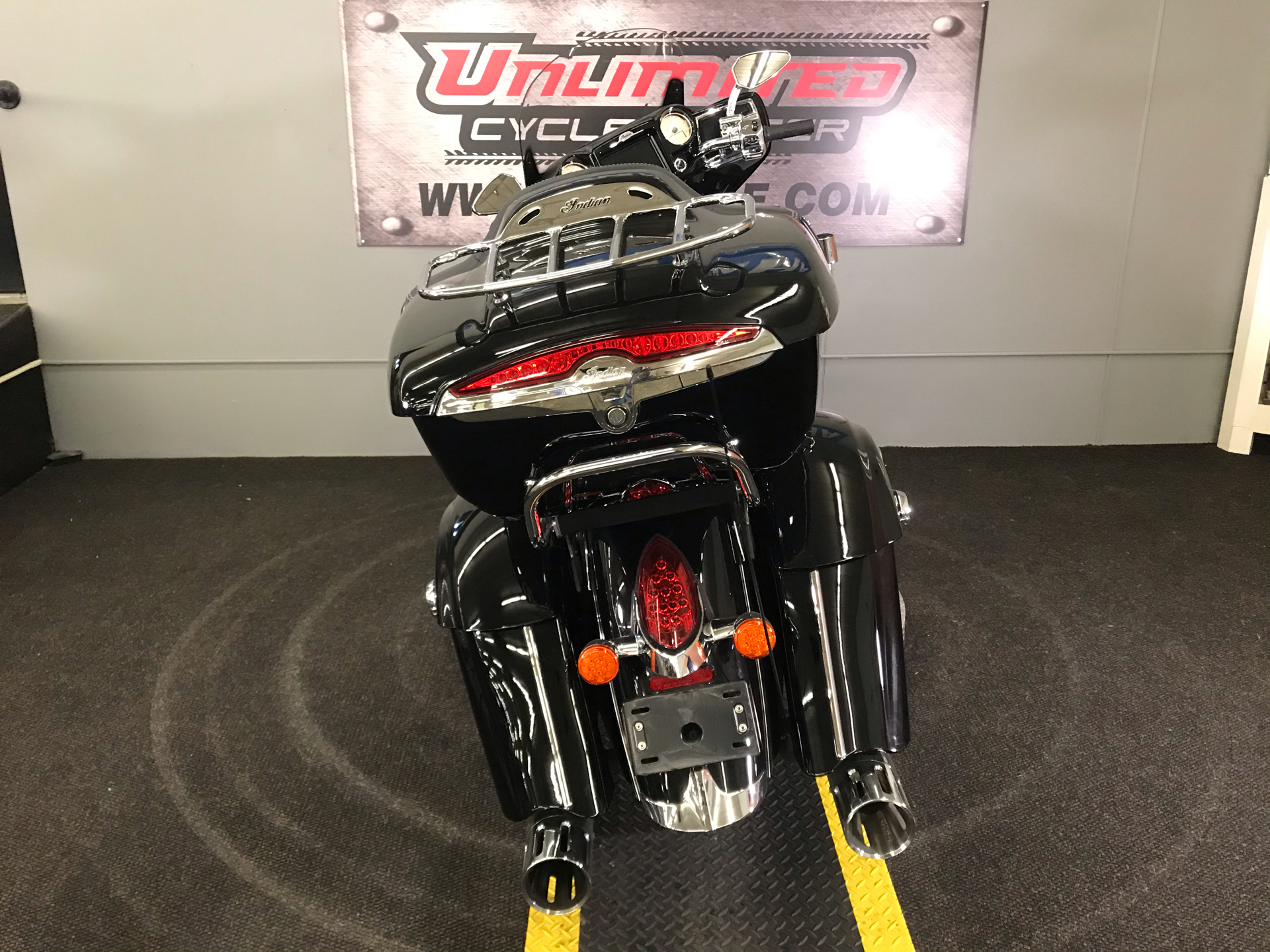 2018 Indian Roadmaster® ABS in Tyrone, Pennsylvania - Photo 11