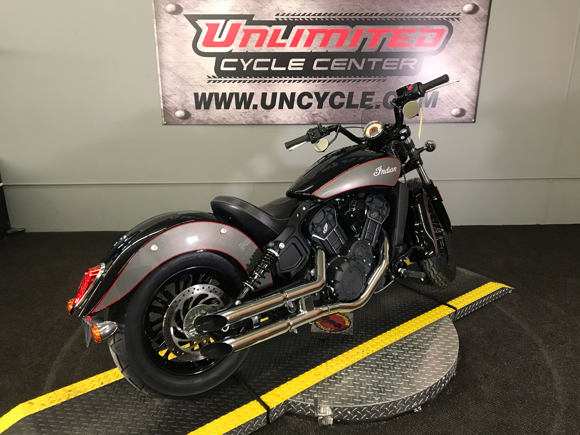 2018 Indian Scout® Sixty ABS in Tyrone, Pennsylvania - Photo 11