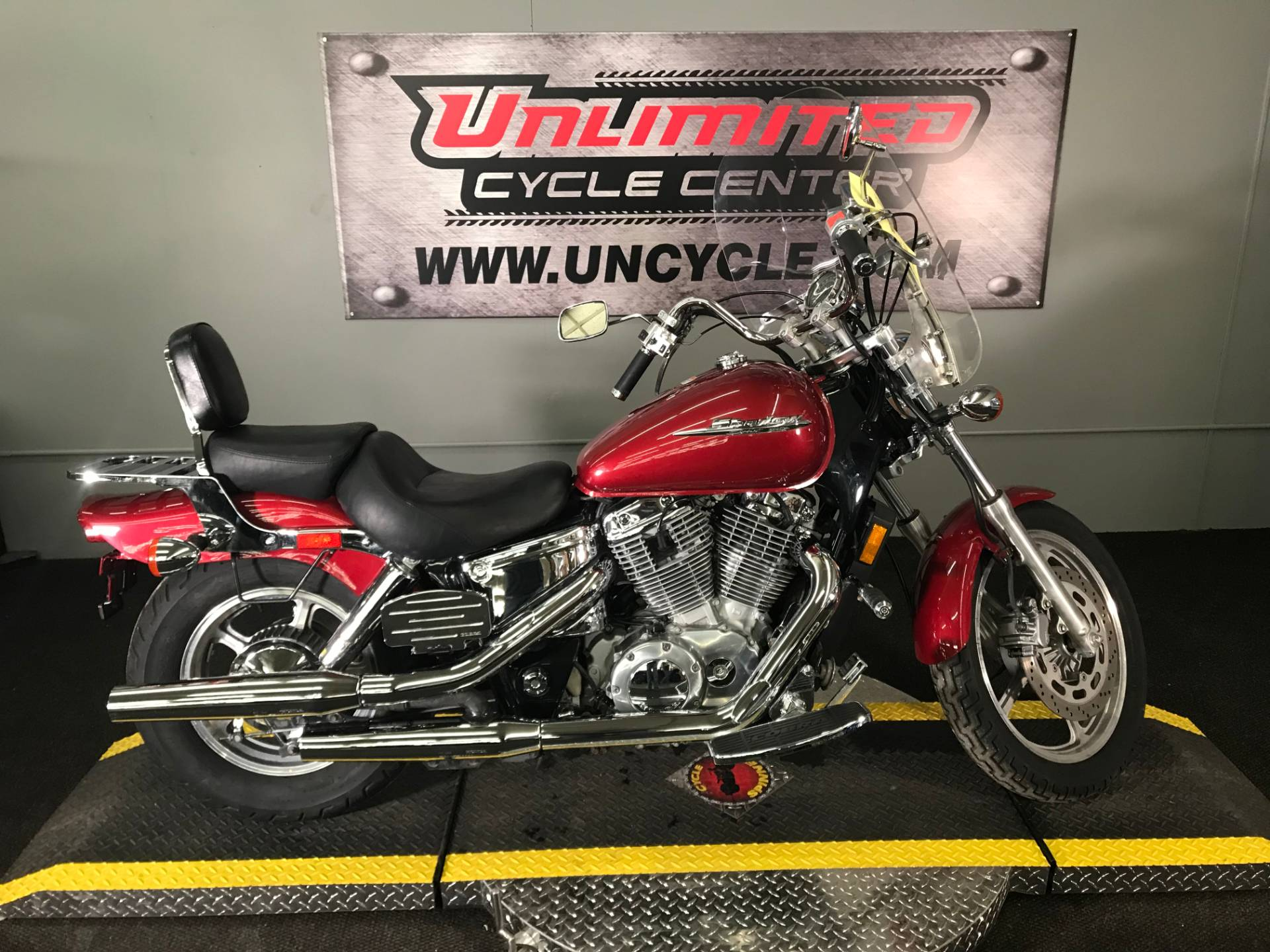 2003 Honda Shadow Spirit in Tyrone, Pennsylvania - Photo 2
