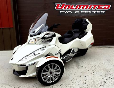 2014 Can-Am Spyder® RT Limited in Tyrone, Pennsylvania