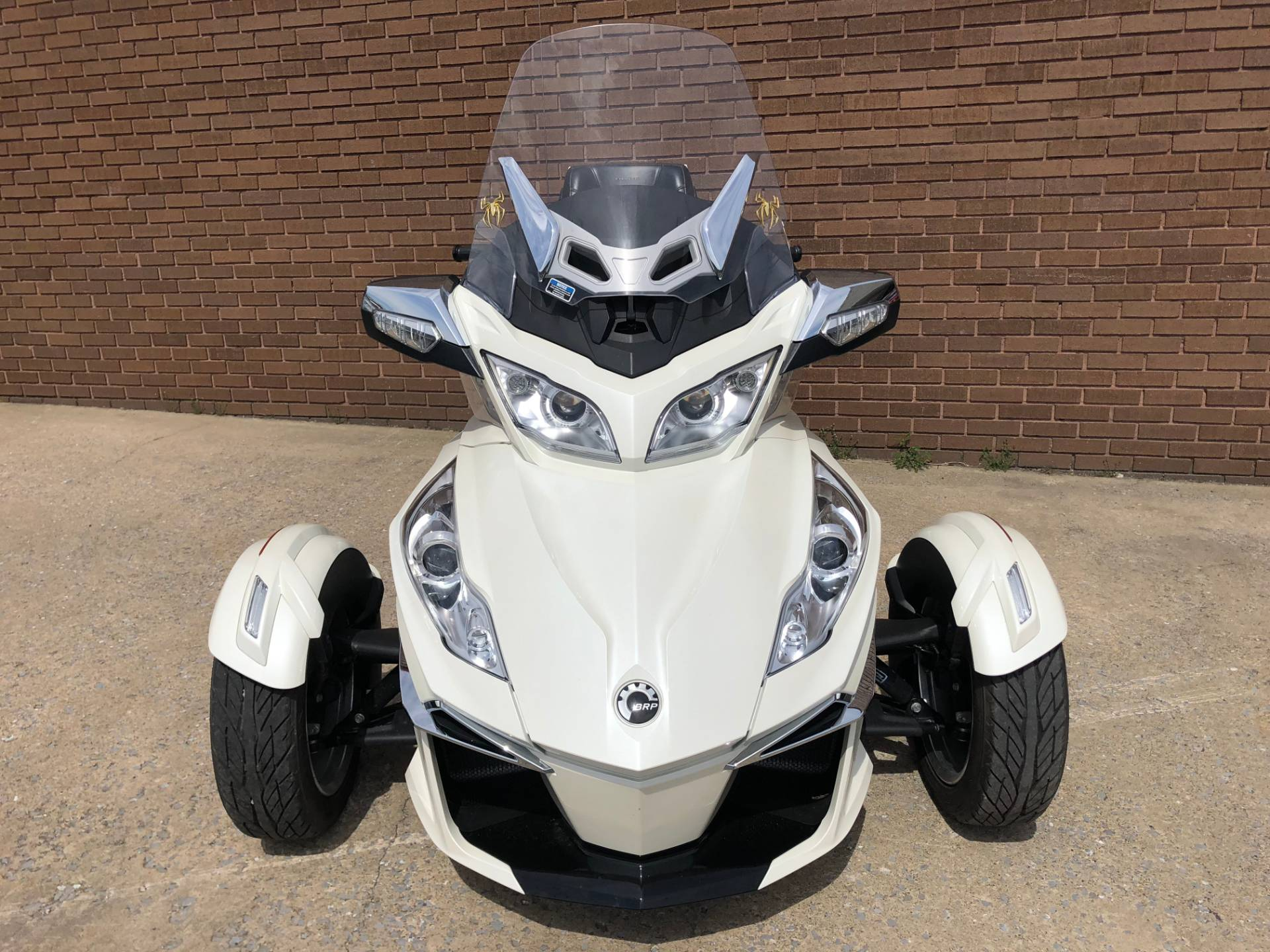2014 Can-Am Spyder® RT Limited in Tyrone, Pennsylvania - Photo 6