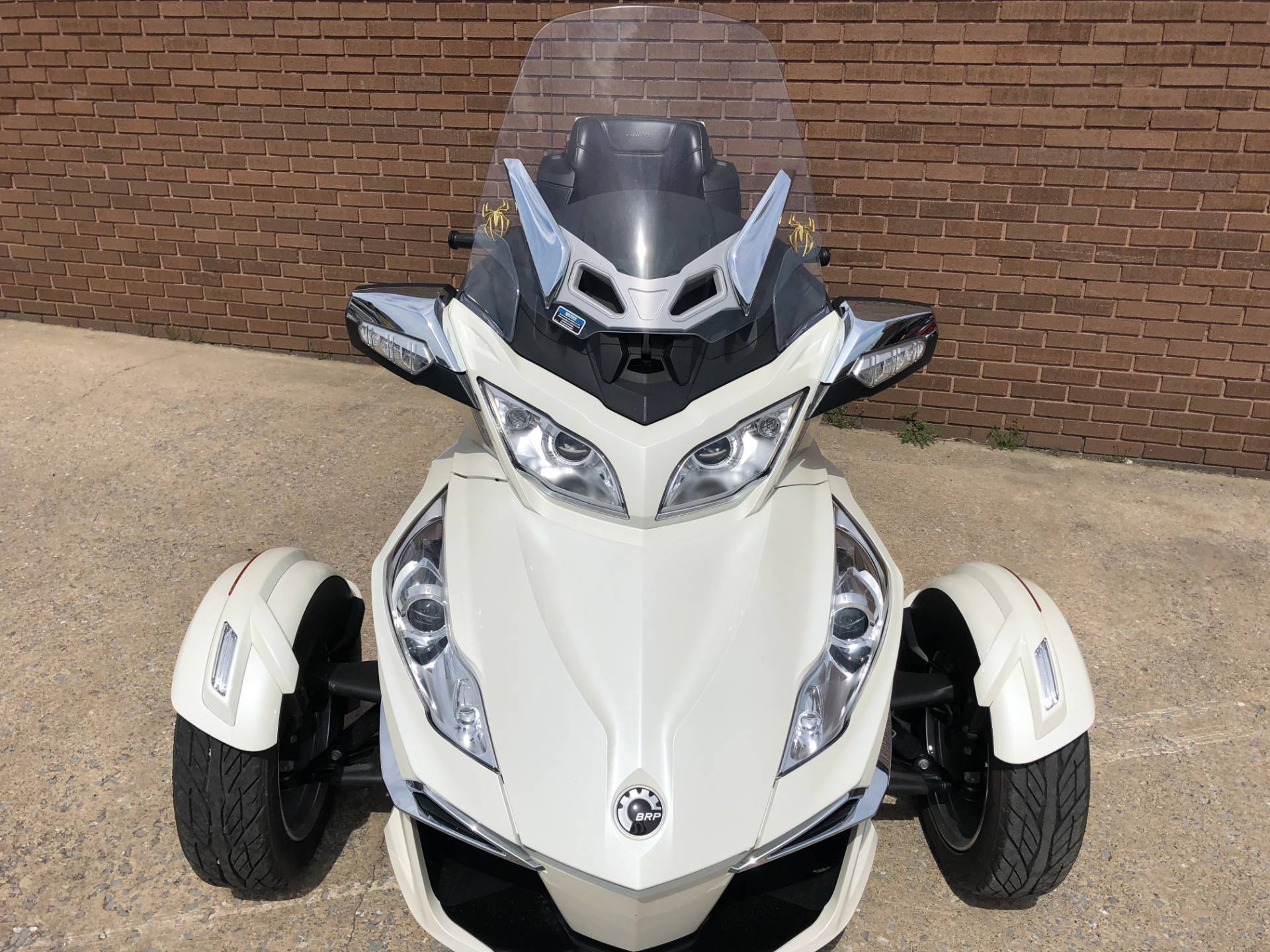 2014 Can-Am Spyder® RT Limited in Tyrone, Pennsylvania - Photo 7