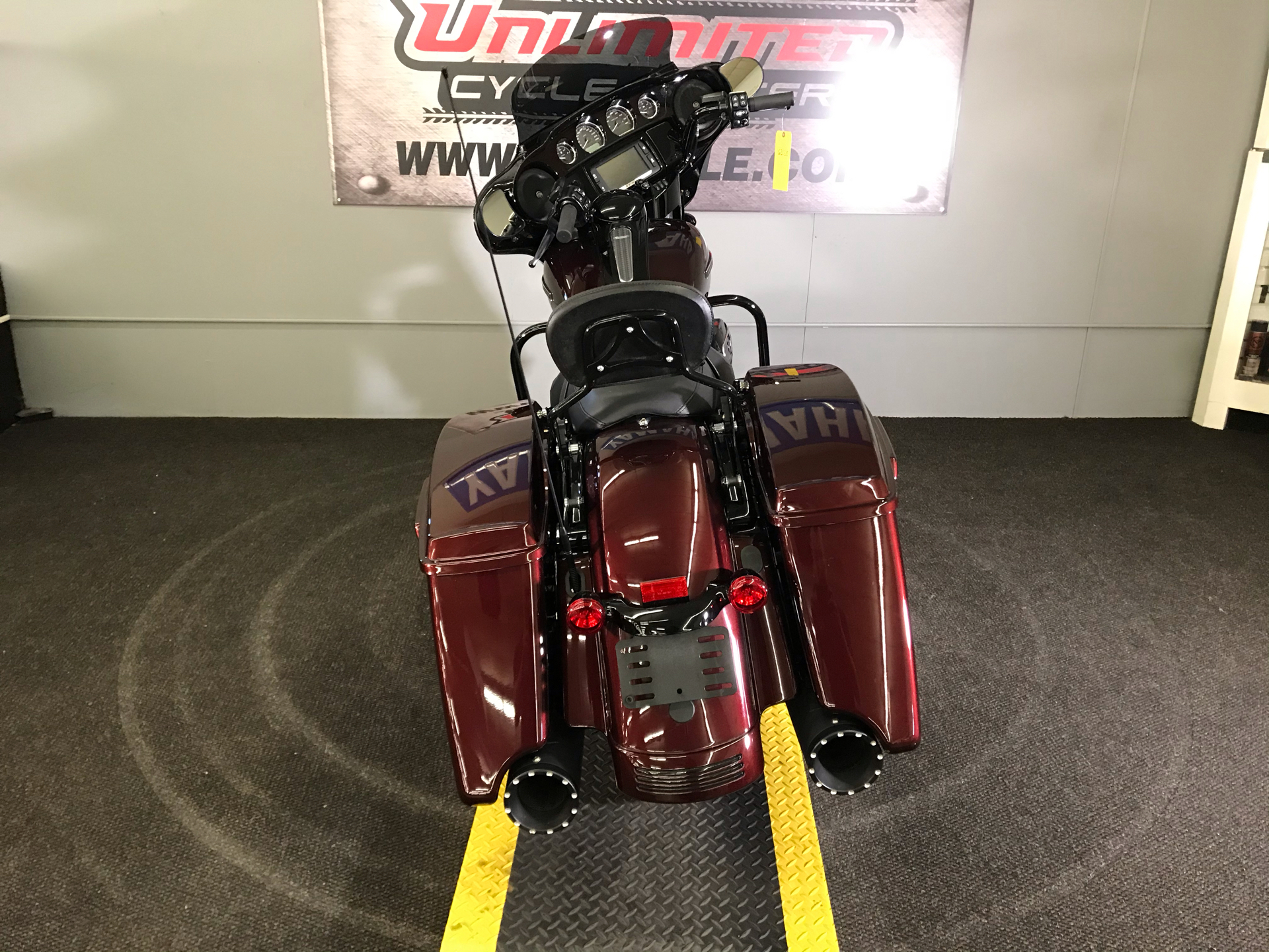2018 Harley-Davidson Street Glide® Special in Tyrone, Pennsylvania - Photo 11