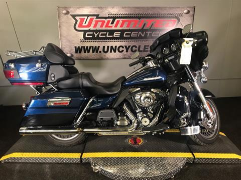 2013 Harley-Davidson Electra Glide® Ultra Limited in Tyrone, Pennsylvania - Photo 2