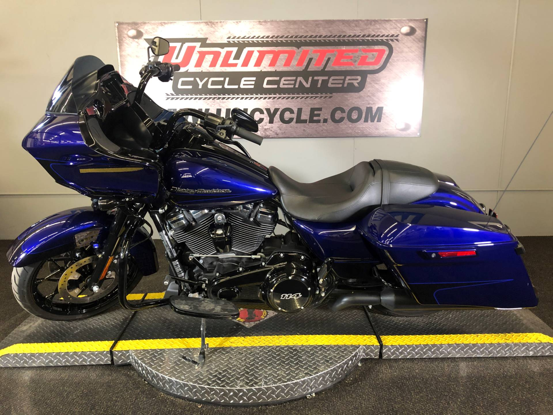 2020 Harley-Davidson Road Glide® Special in Tyrone, Pennsylvania - Photo 2