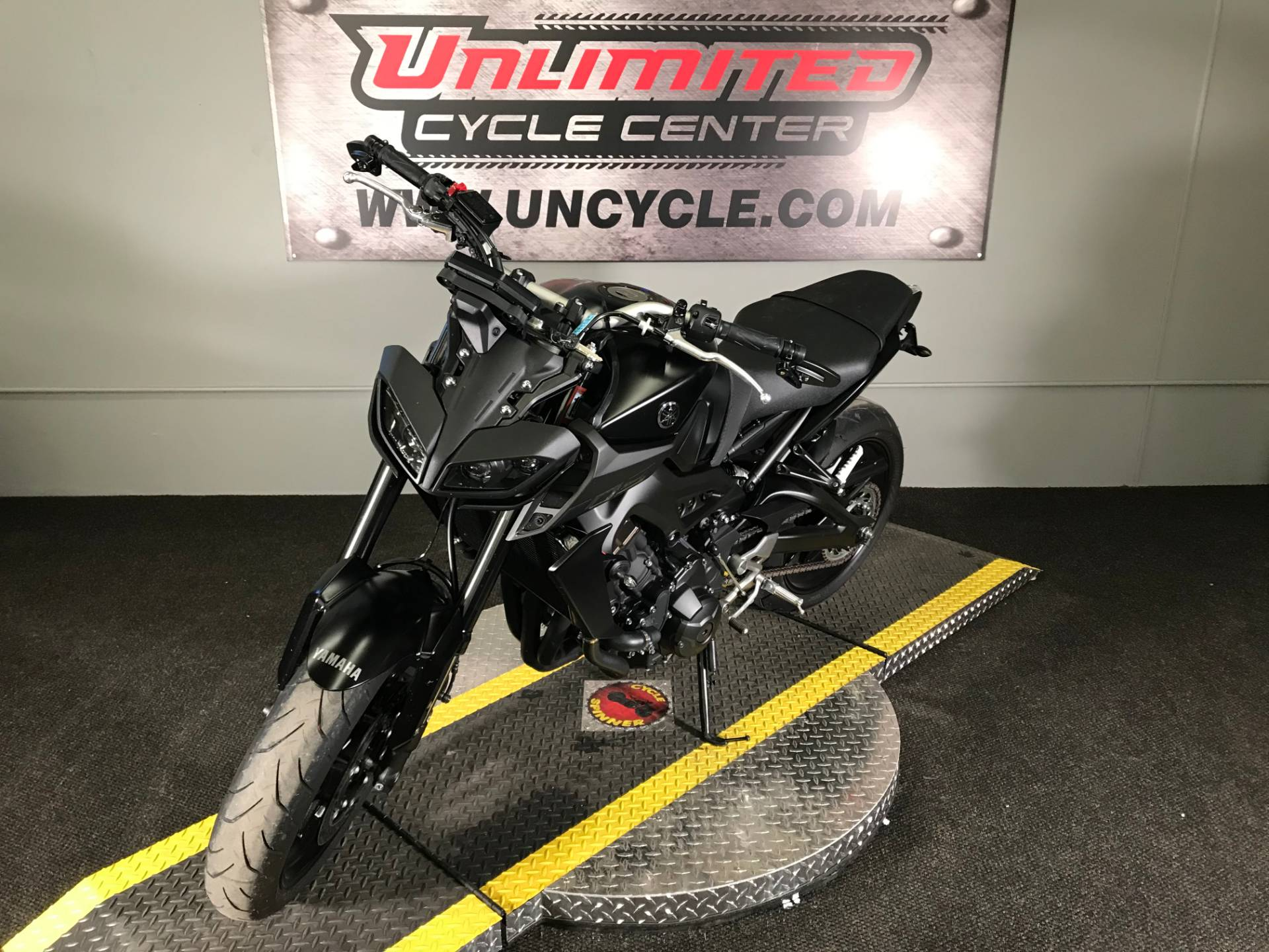 2019 Yamaha MT-09 in Tyrone, Pennsylvania - Photo 6